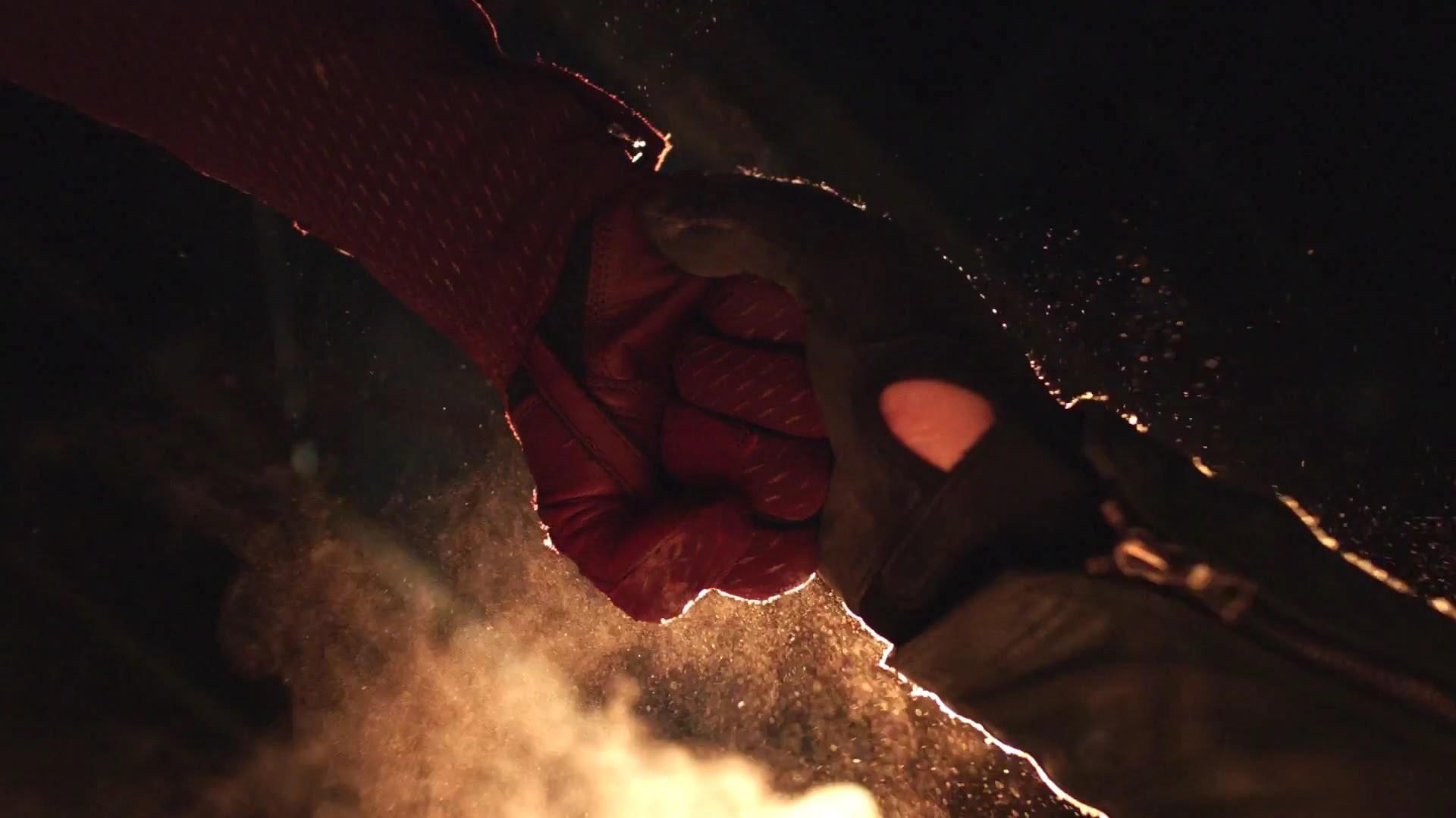 The Flash – Flash vs Arrow Trailer – YouTube