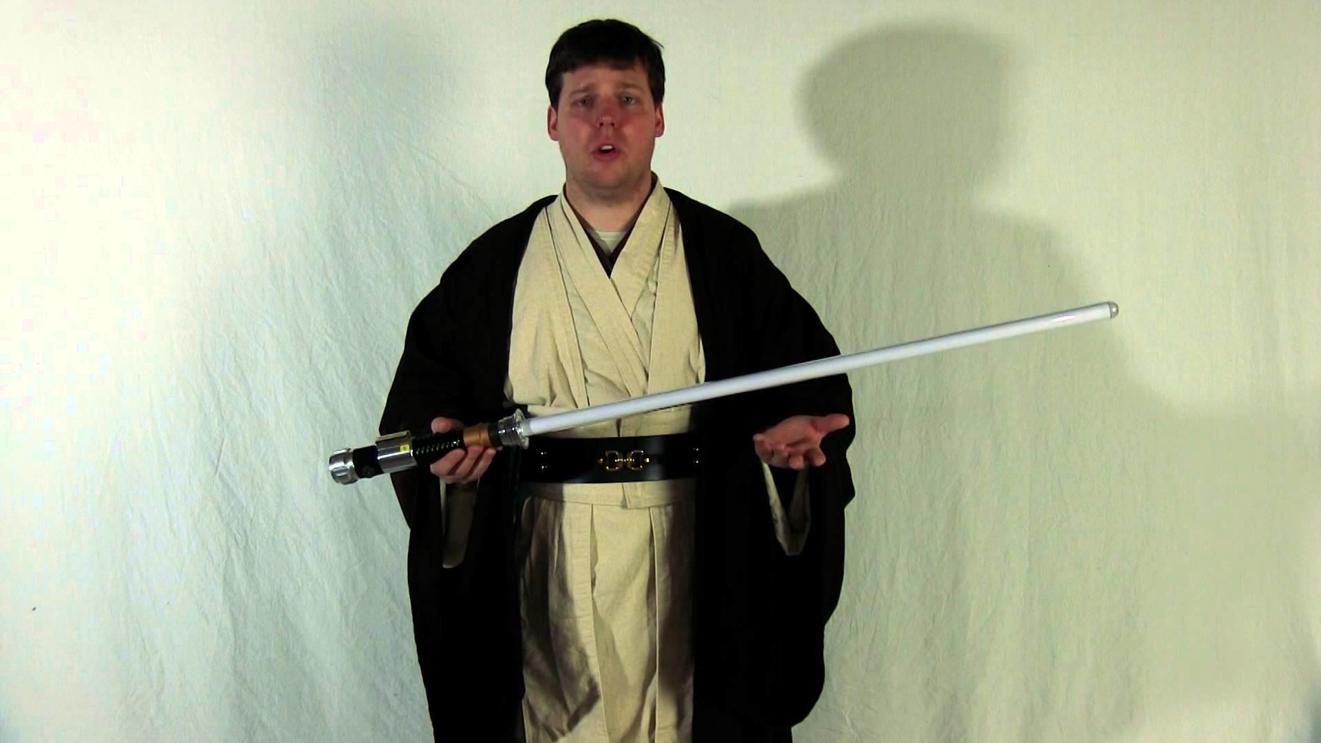 Hasbro Star Wars Obi-Wan Kenobi Lightsaber Review (2010 Version) – The  Force Collector: EP1 – YouTube