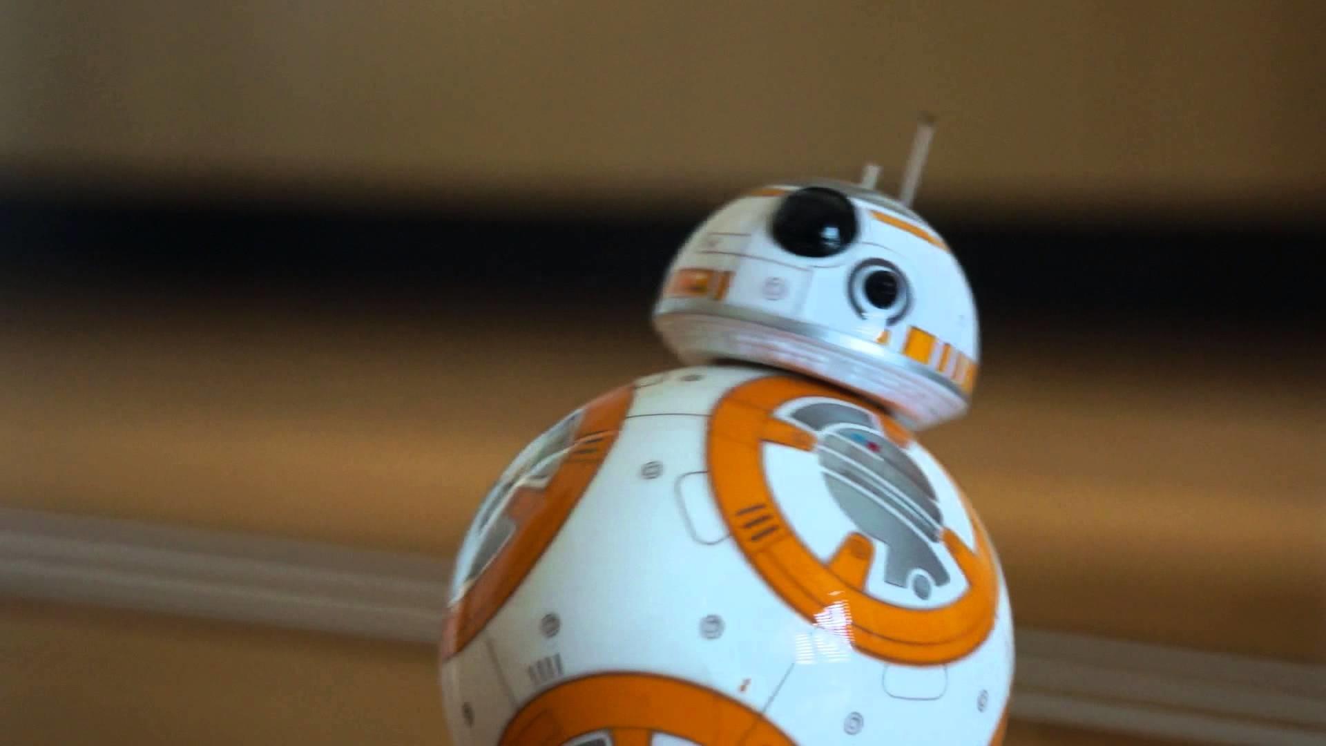 BB8 saying HELLO (waking up) Sphero BB-8 in action Star Wars Episode VII  part1