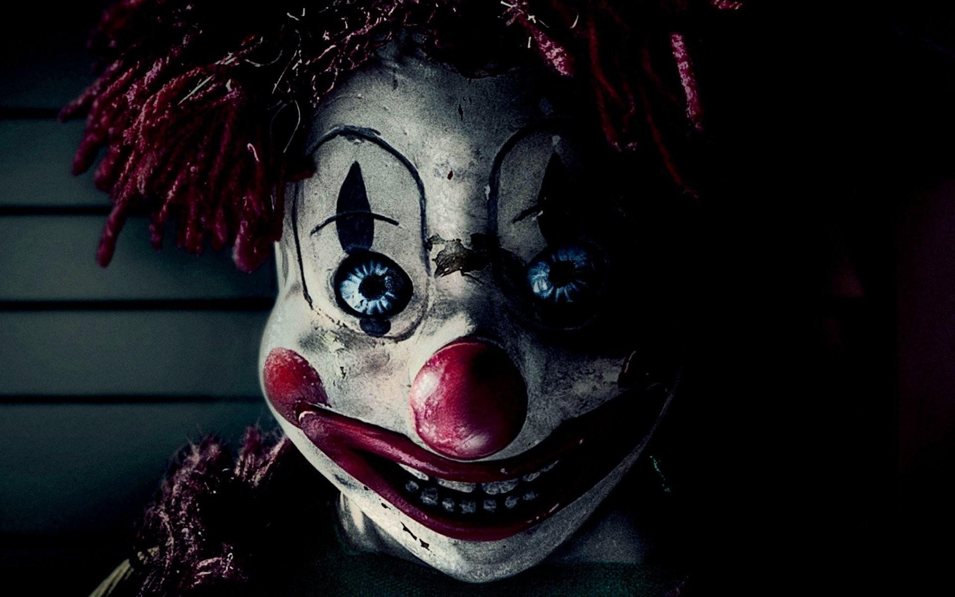 Poltergeist 2015 wallpaper, clown, eyes, smile, HD background