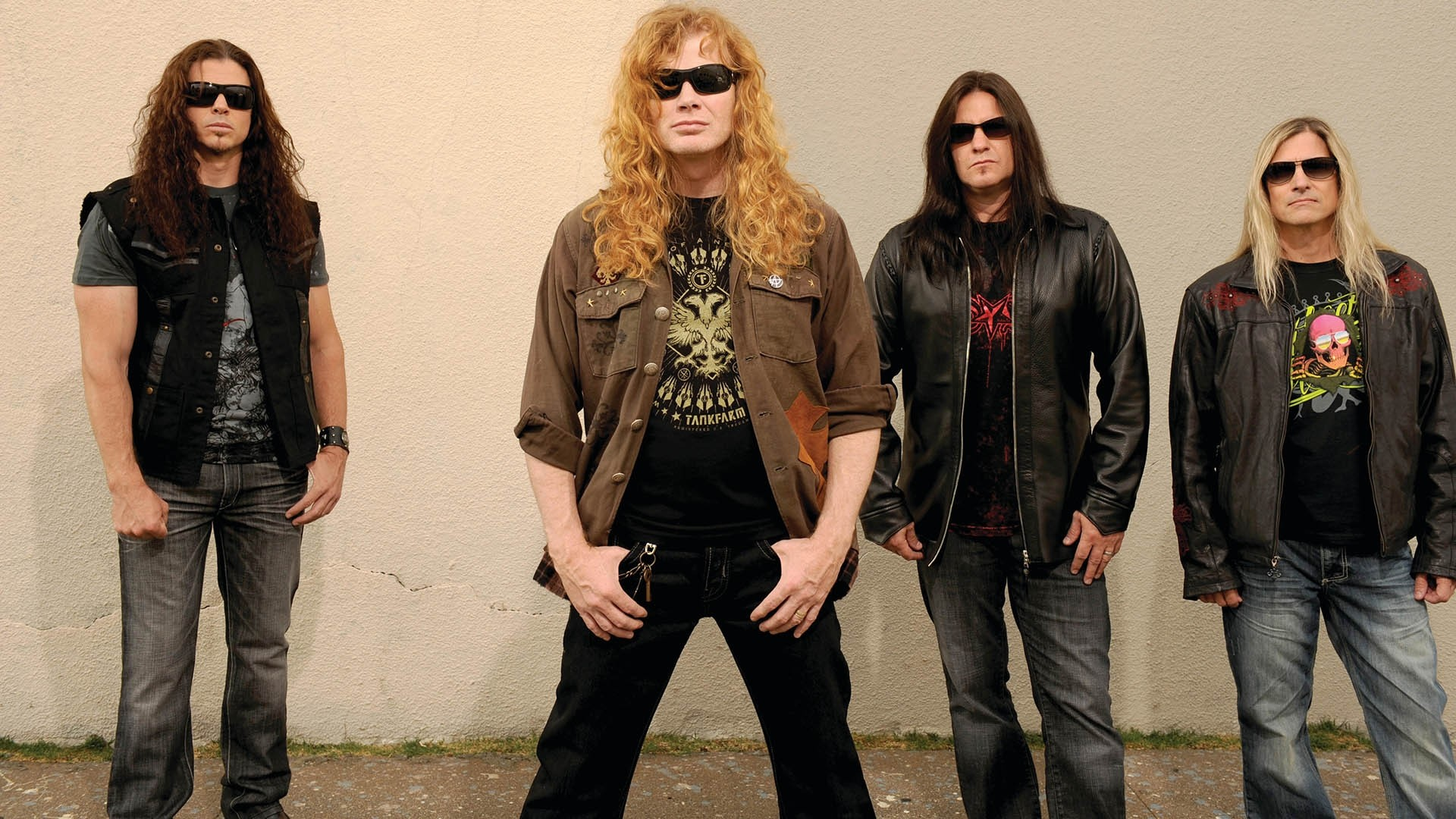 Preview wallpaper megadeth, glasses, hair, jackets, wall 1920×1080