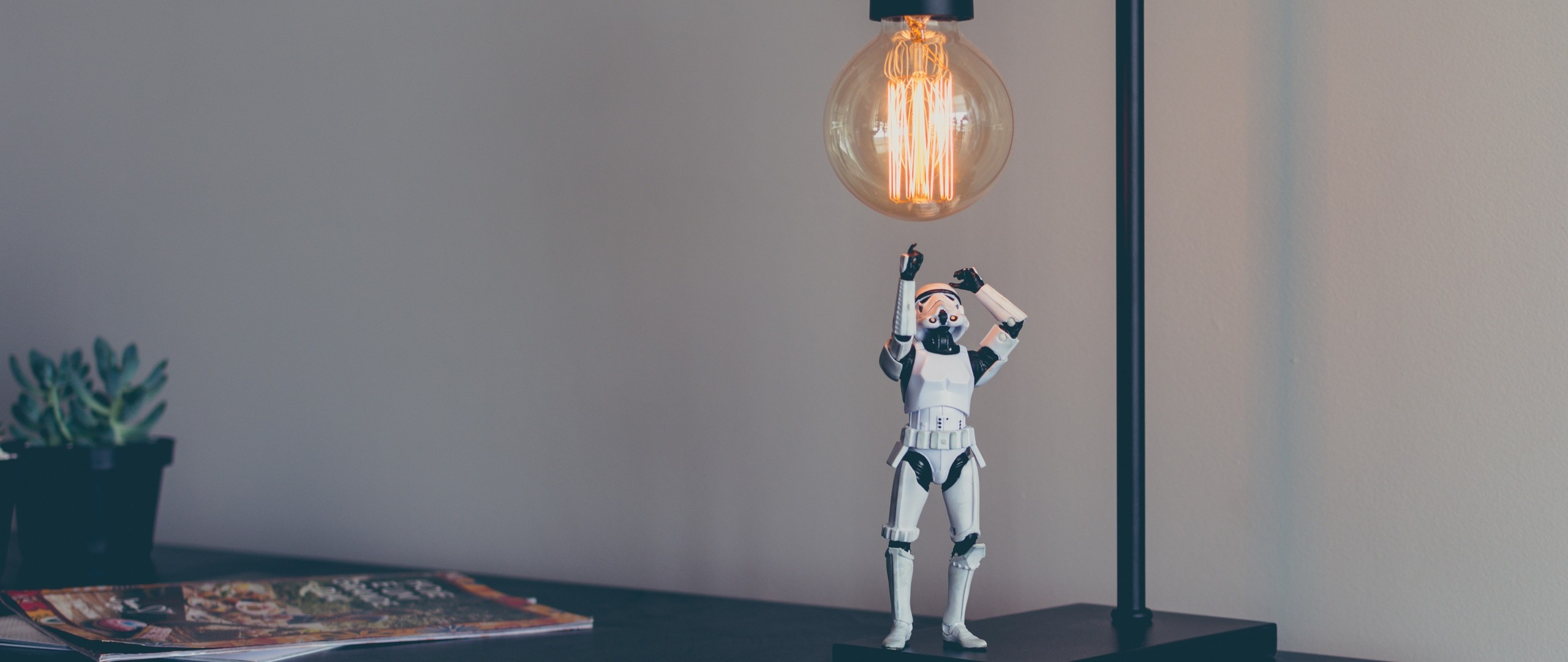 Preview wallpaper stormtrooper, star wars, lamp, toy 2560×1080