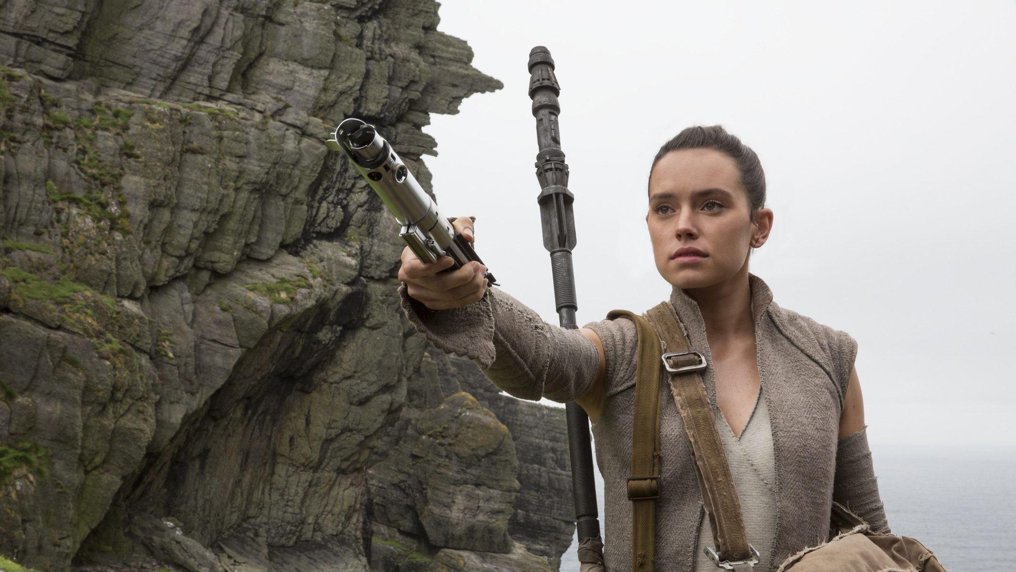 Movie – Star Wars Episode VIII: The Last Jedi Rey (Star Wars) Daisy