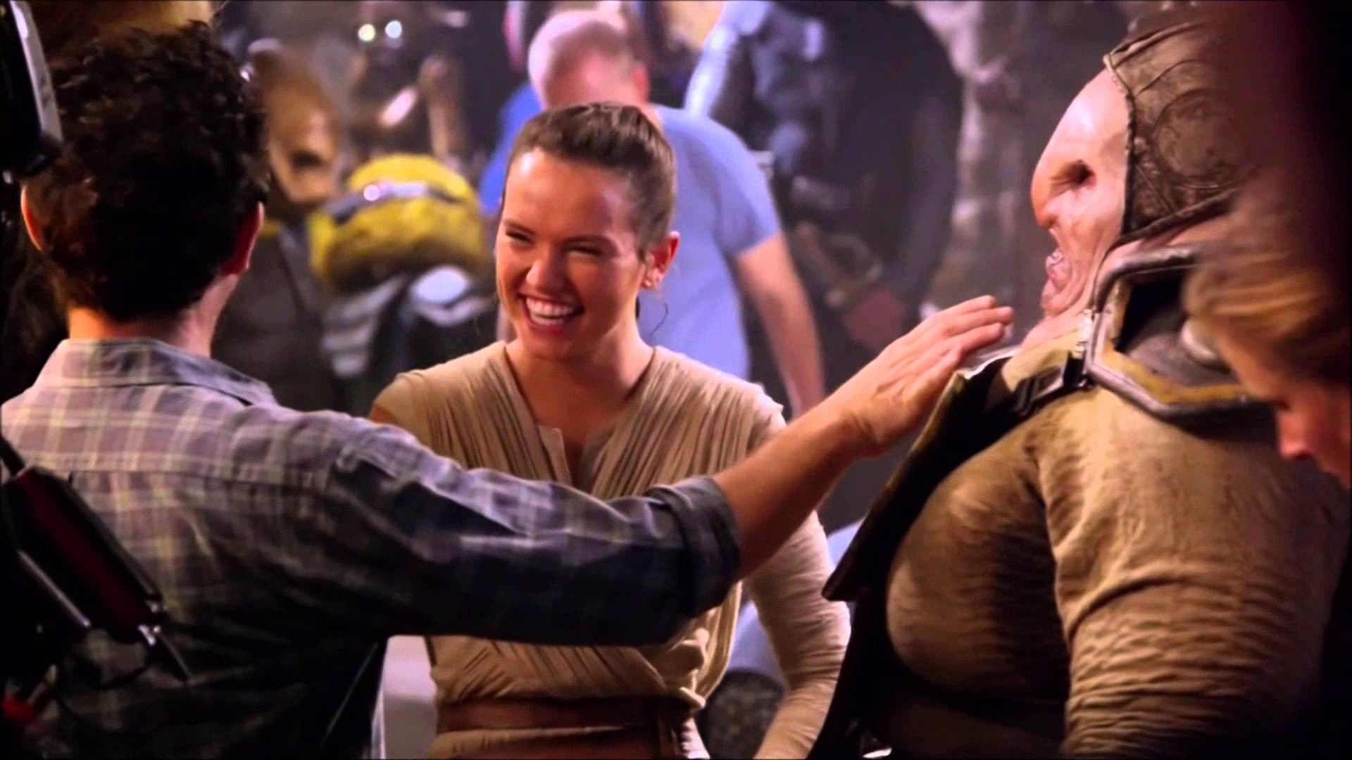 Star Wars: The Force Awakens- Disney Feauturette- On the Set-All About Rey  1080p HD – YouTube