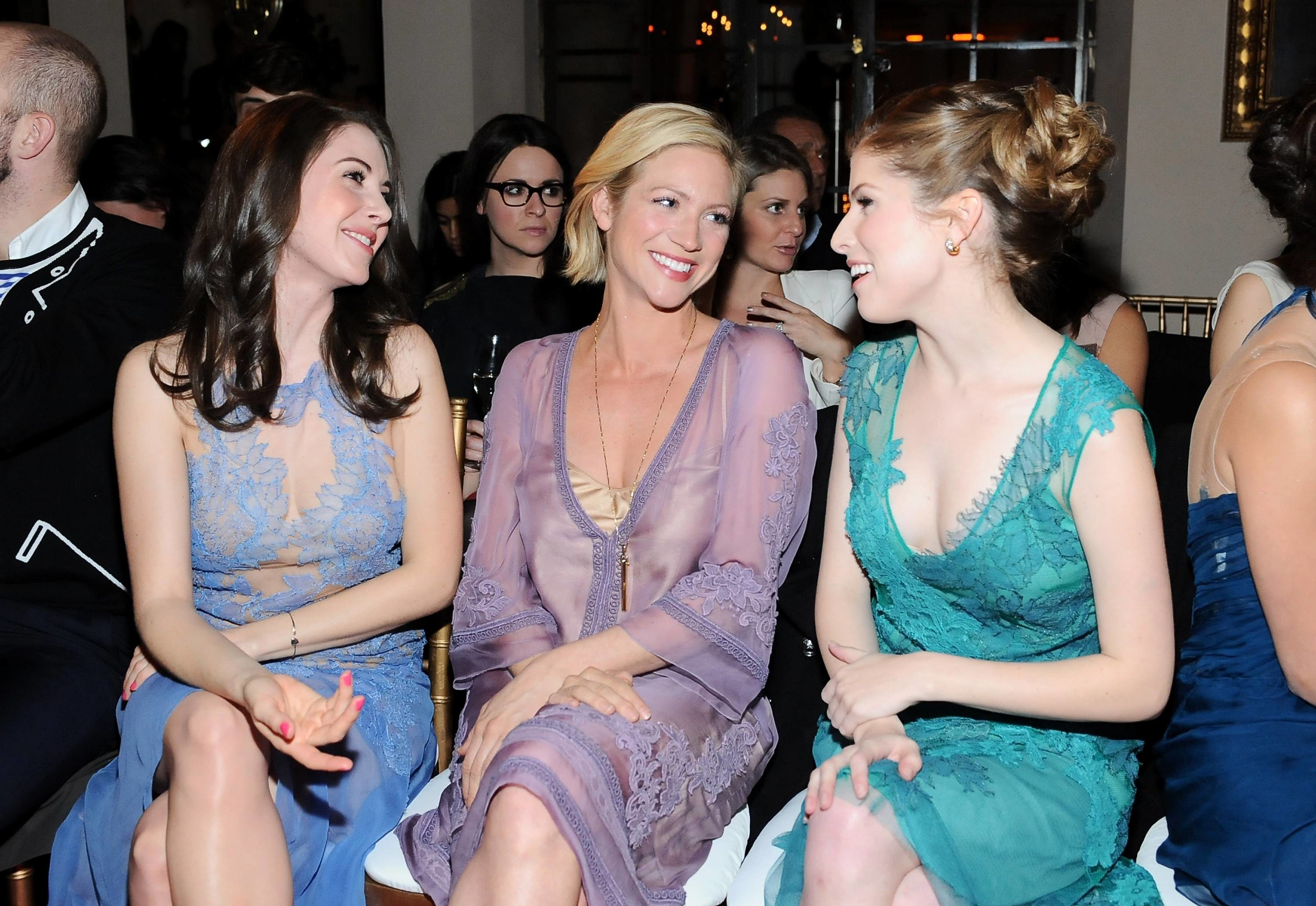 Alison Brie, Anna Kendrick, and Brittany Snow HD Wallpaper From  Gallsource.com