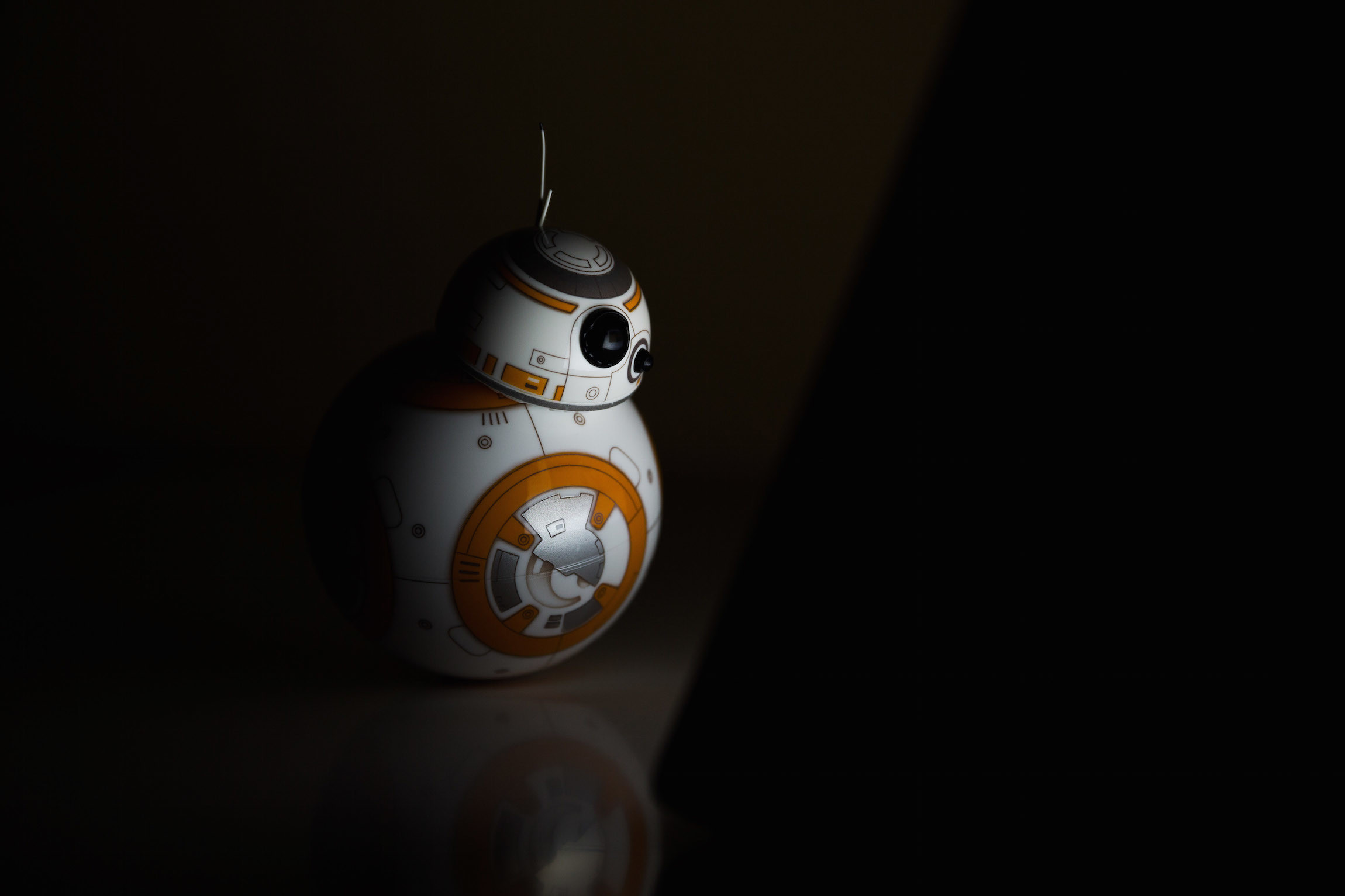 A Day in the Life of Sphero's BB-8   StarWars.com