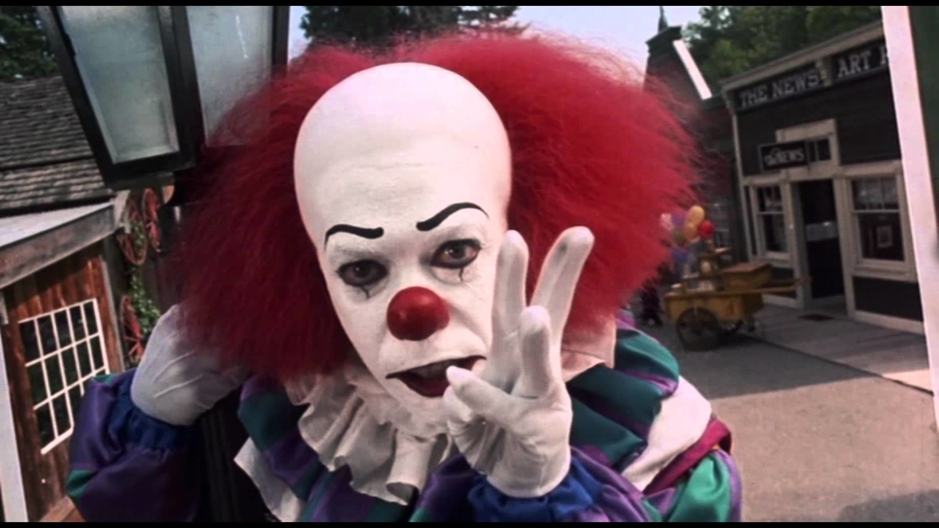 STEPHEN KING'S IT ( TRAILER BY Stryfe ) LATINO – YouTube