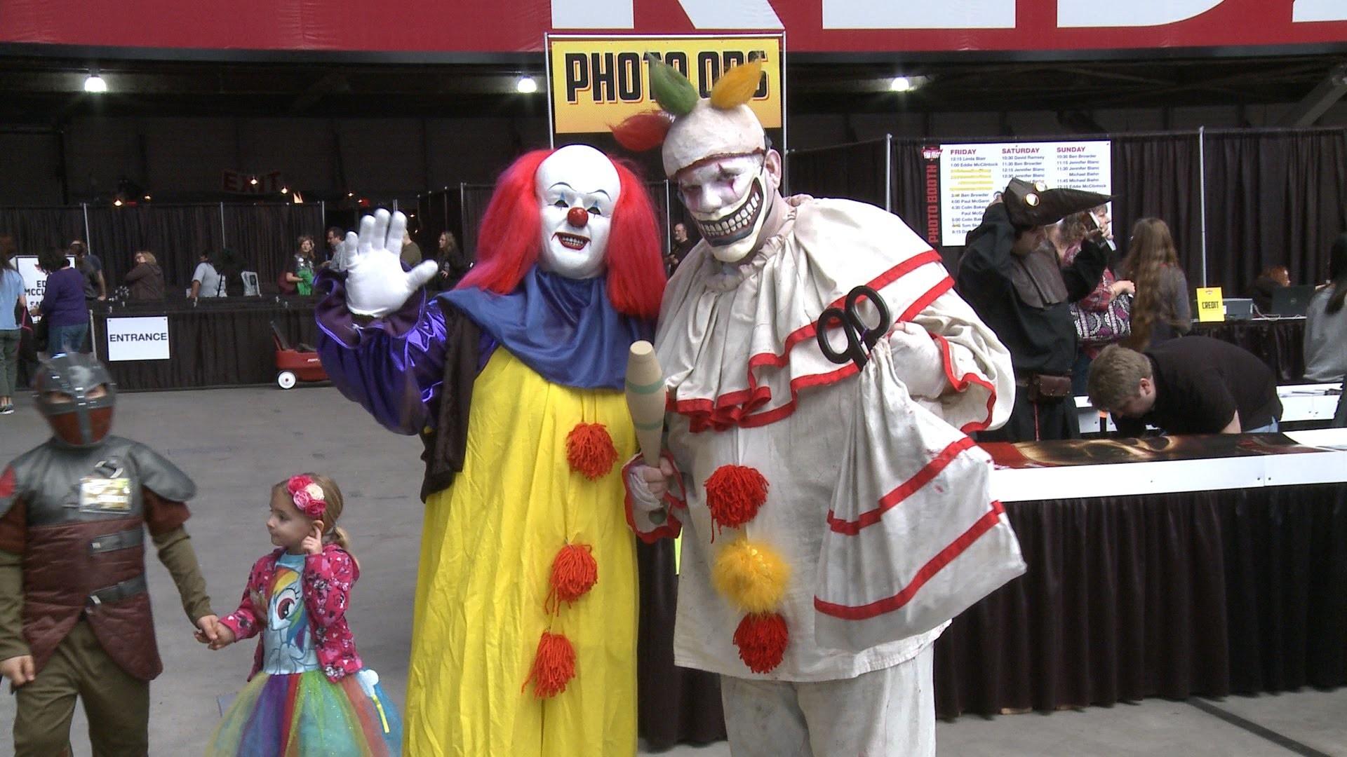 Twisty the Clown at Phoenix Comicon Fan Fest 2014 pt. 1 – The Horror Show –  YouTube