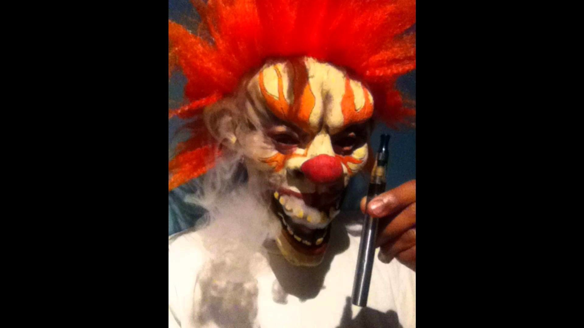 Women Vaping To get more info. on ejuice to go: fractaleliquid.com · Scary  ClownsWallpaperVapingTo Get