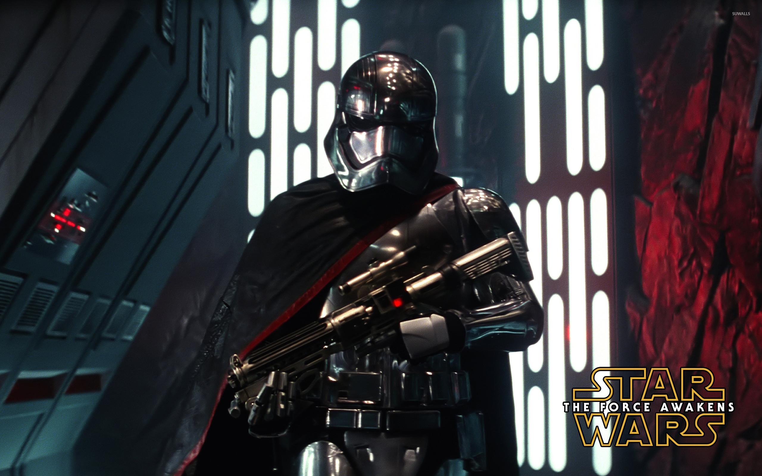 Captain Phasma with a gun – Star Wars: The Force Awakens wallpaper  jpg