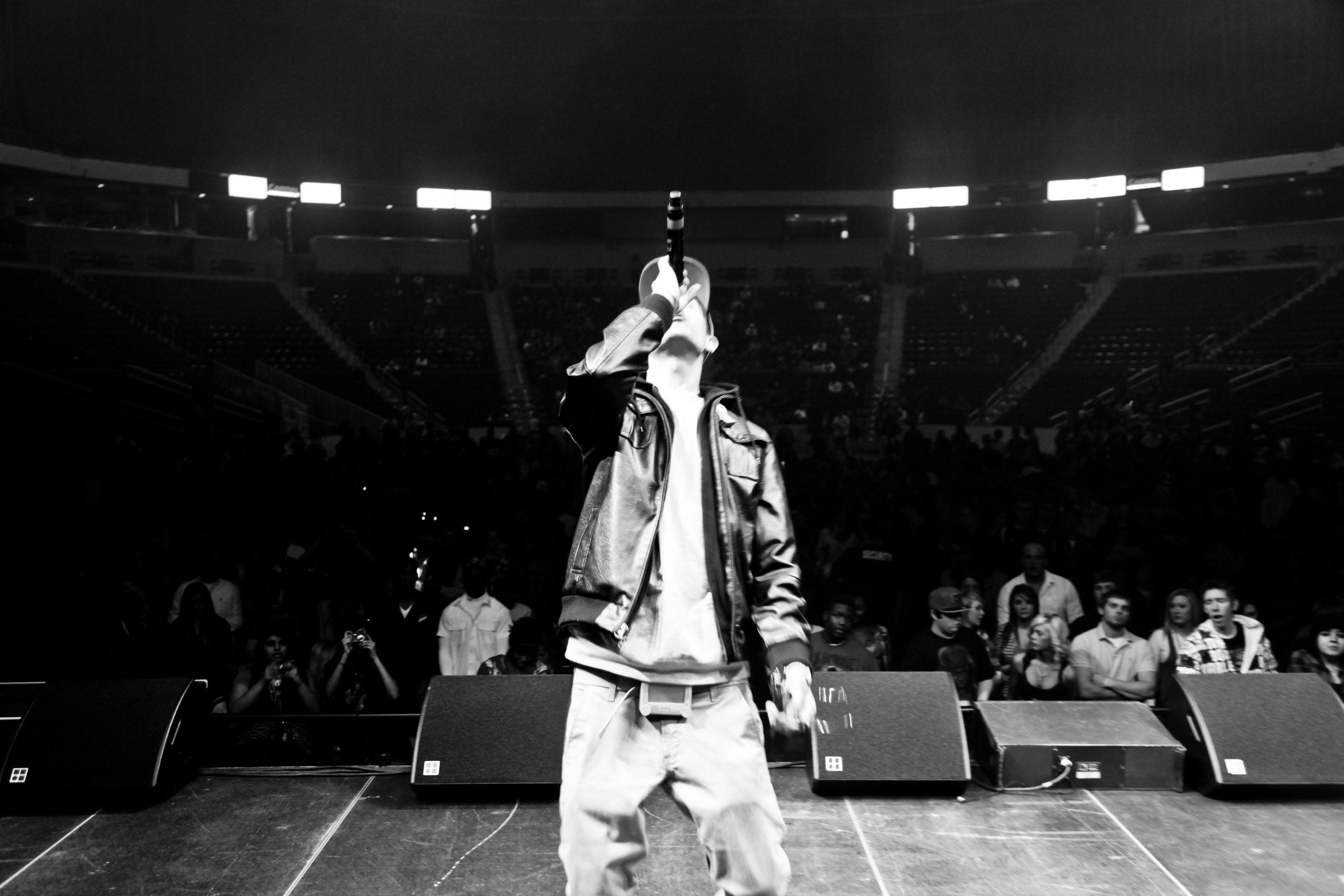 … hhG-Eazy – artist photos …