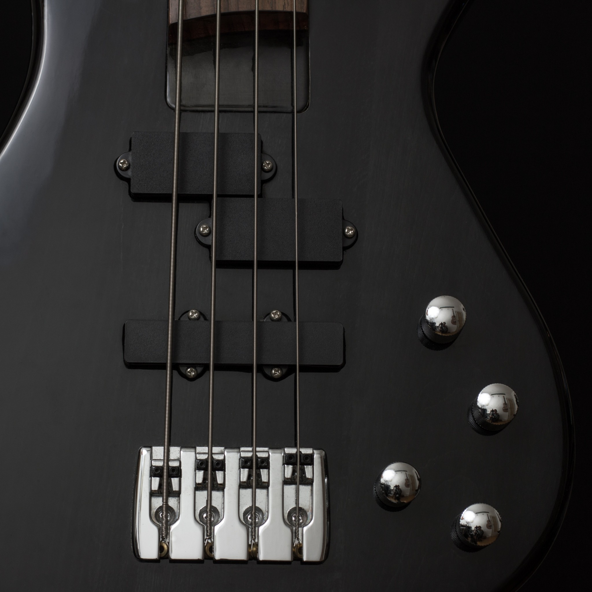 Preview wallpaper guitar, bass guitar, strings 2048×2048