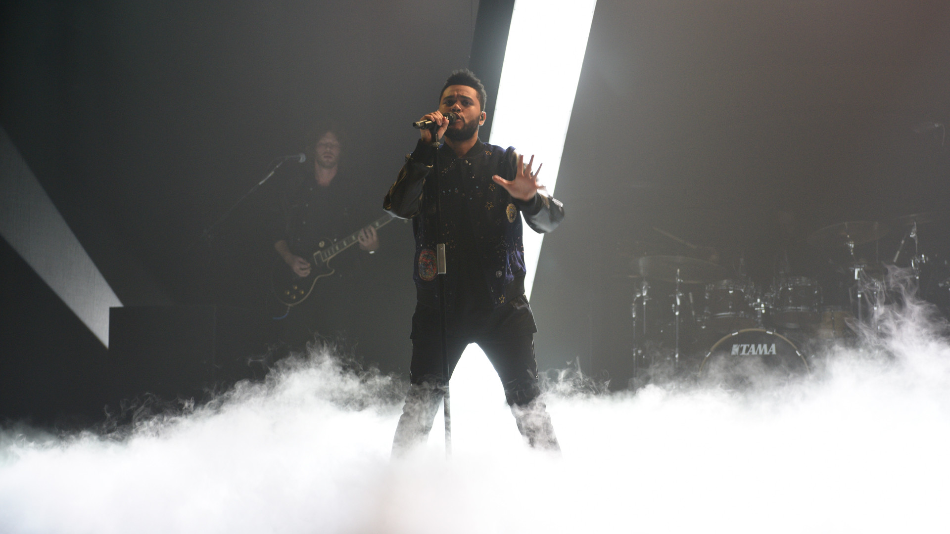 'Attention': The Weeknd finally unleashed 'Starboy' – Imagen 3. '