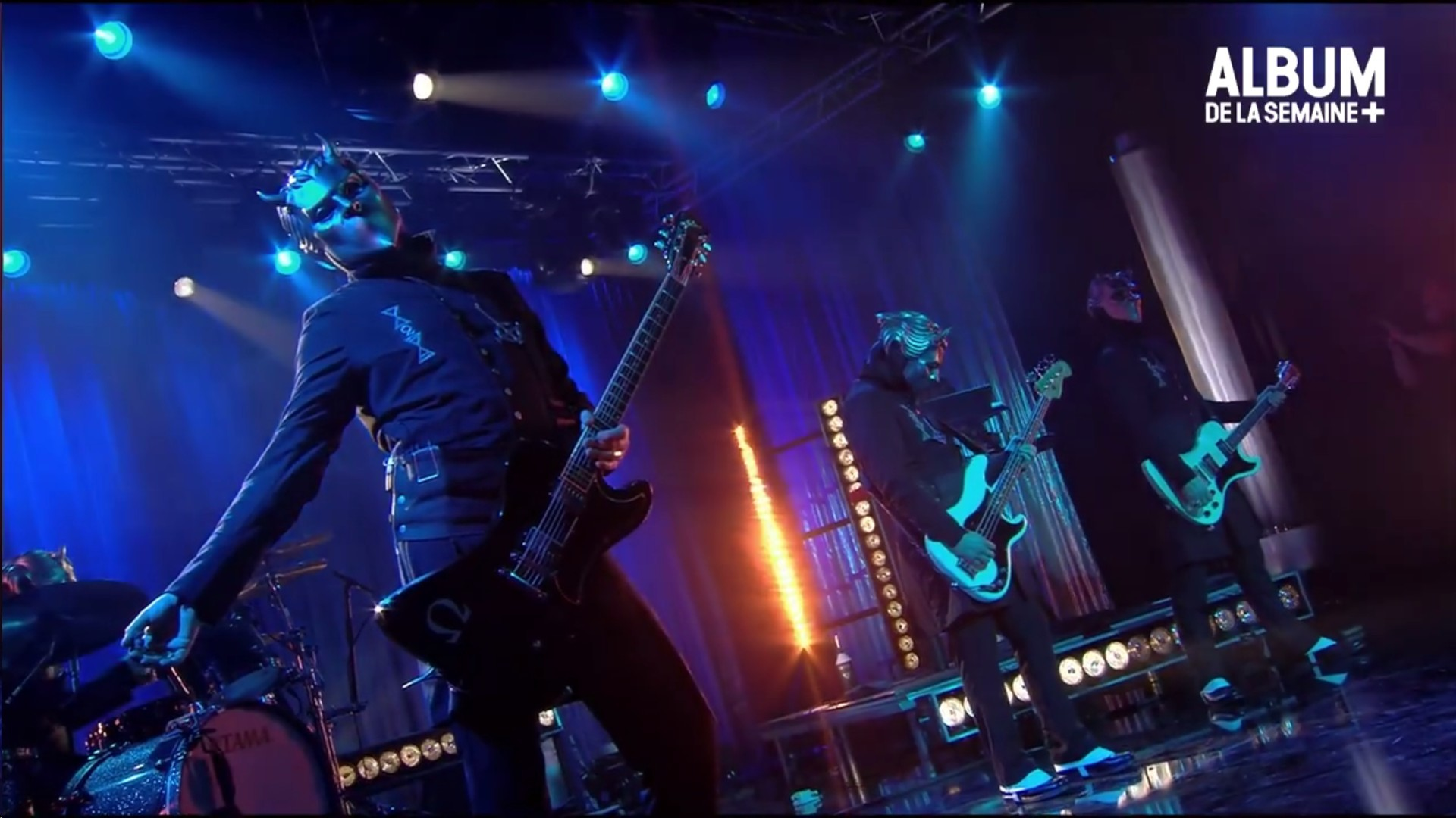Ghost Performs 'Cirice' Live On Canal+