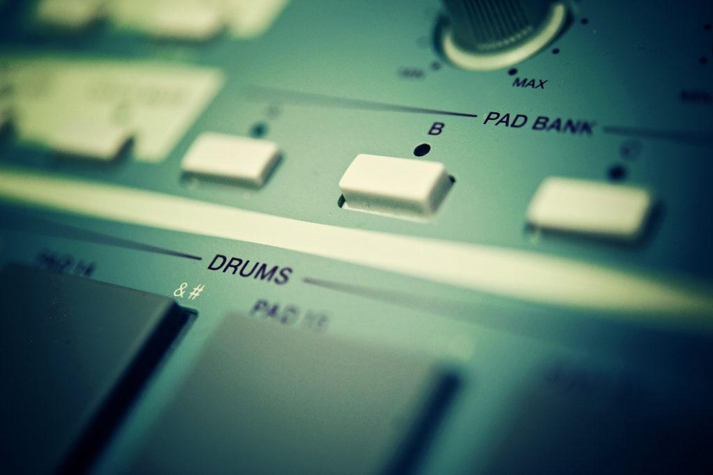 1990 Akai Drum Machine Drums Hip-hop Mpc Music Old School Pad Rap Vintage