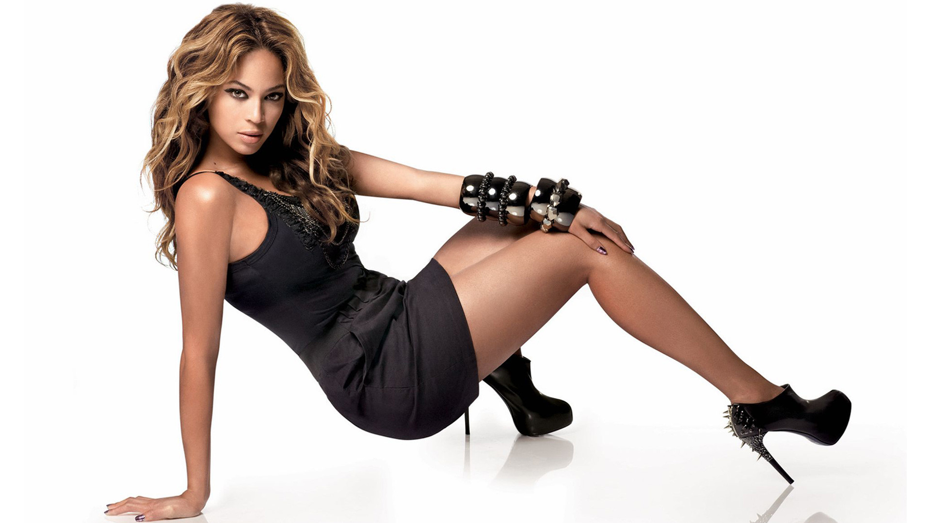 … beyonce black and white wallpaper beyonce bedroom wallpaper beyonce and jay  z wallpapers. christina aguilera hd photos