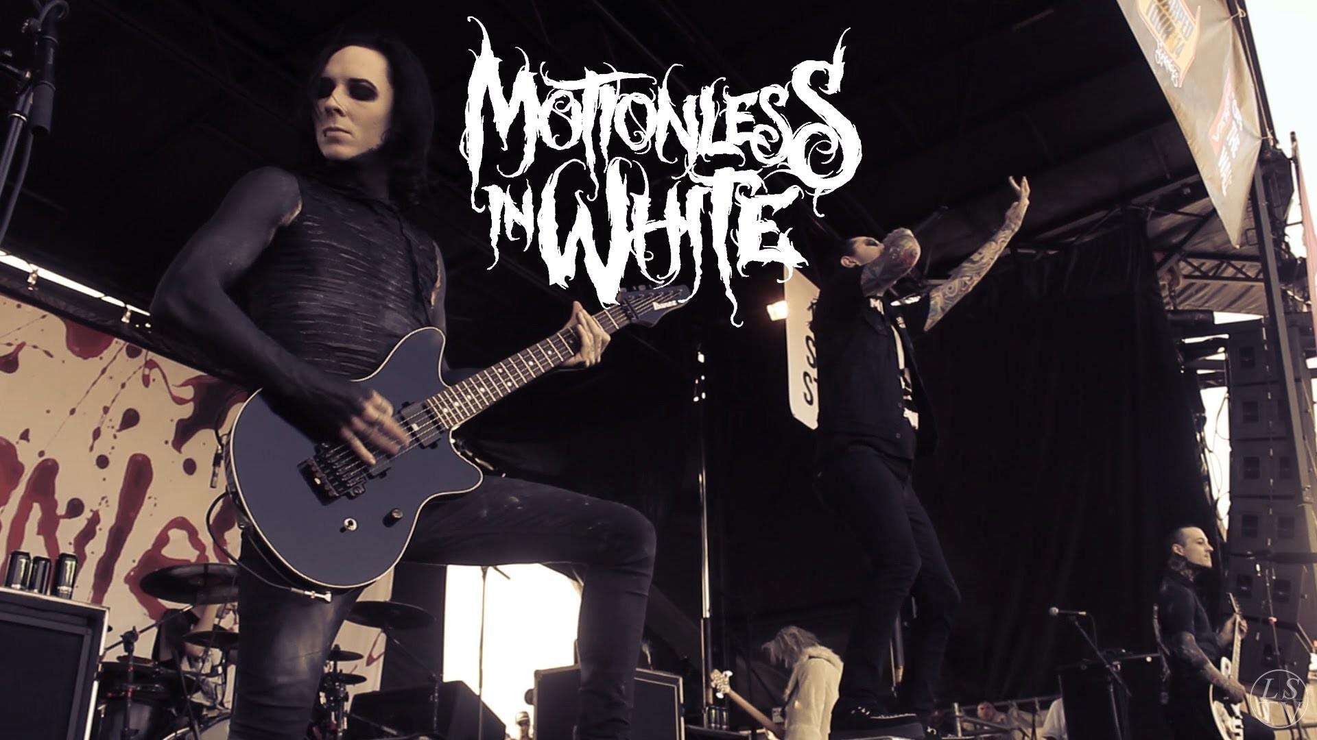 Motionless in White – Devil's Night Live Vans Warped Tour 2014 Houston –  YouTube