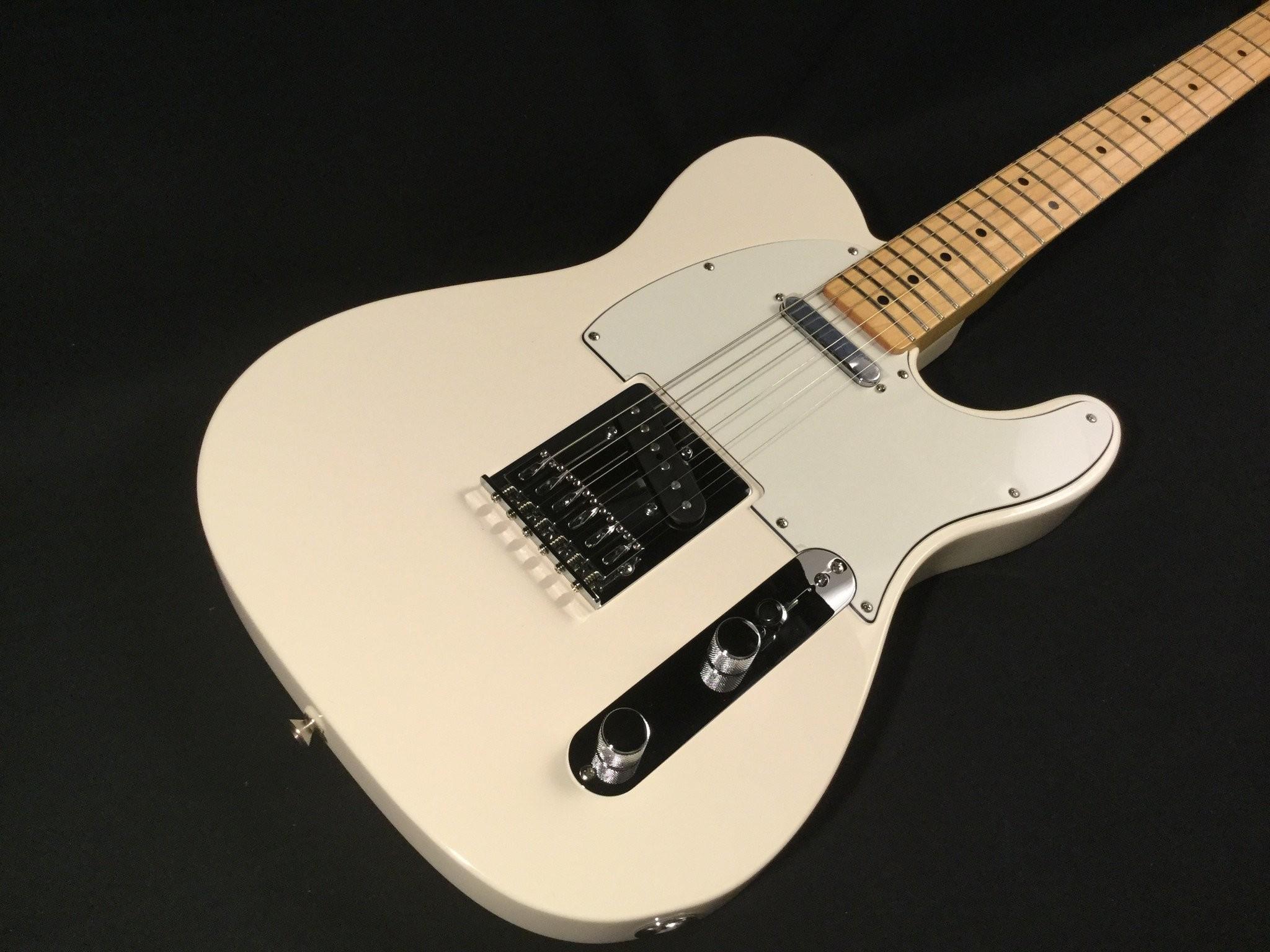 Fender Standard Telecaster – Arctic White, Maple fingerboard