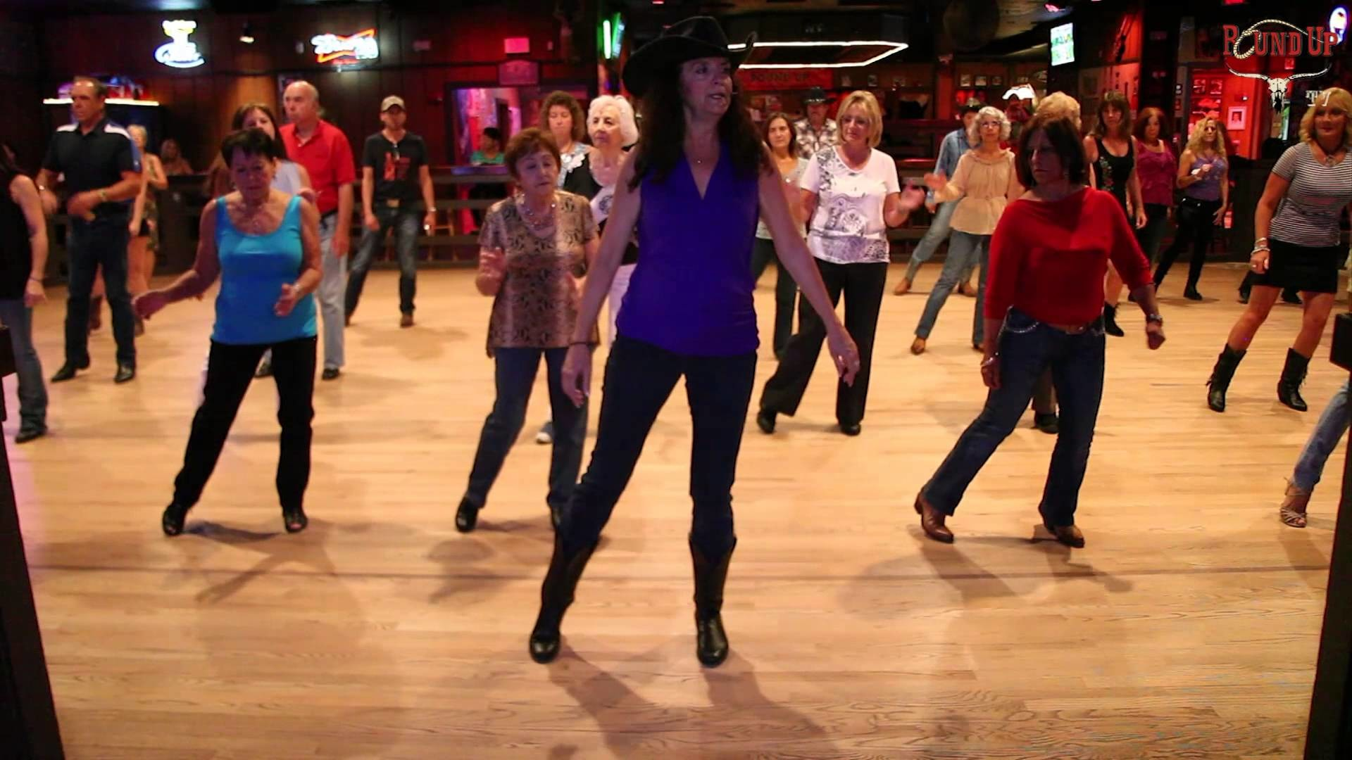 Round Up Country Western Nightclub – Line Dance Martina McBride Wild Night  – YouTube