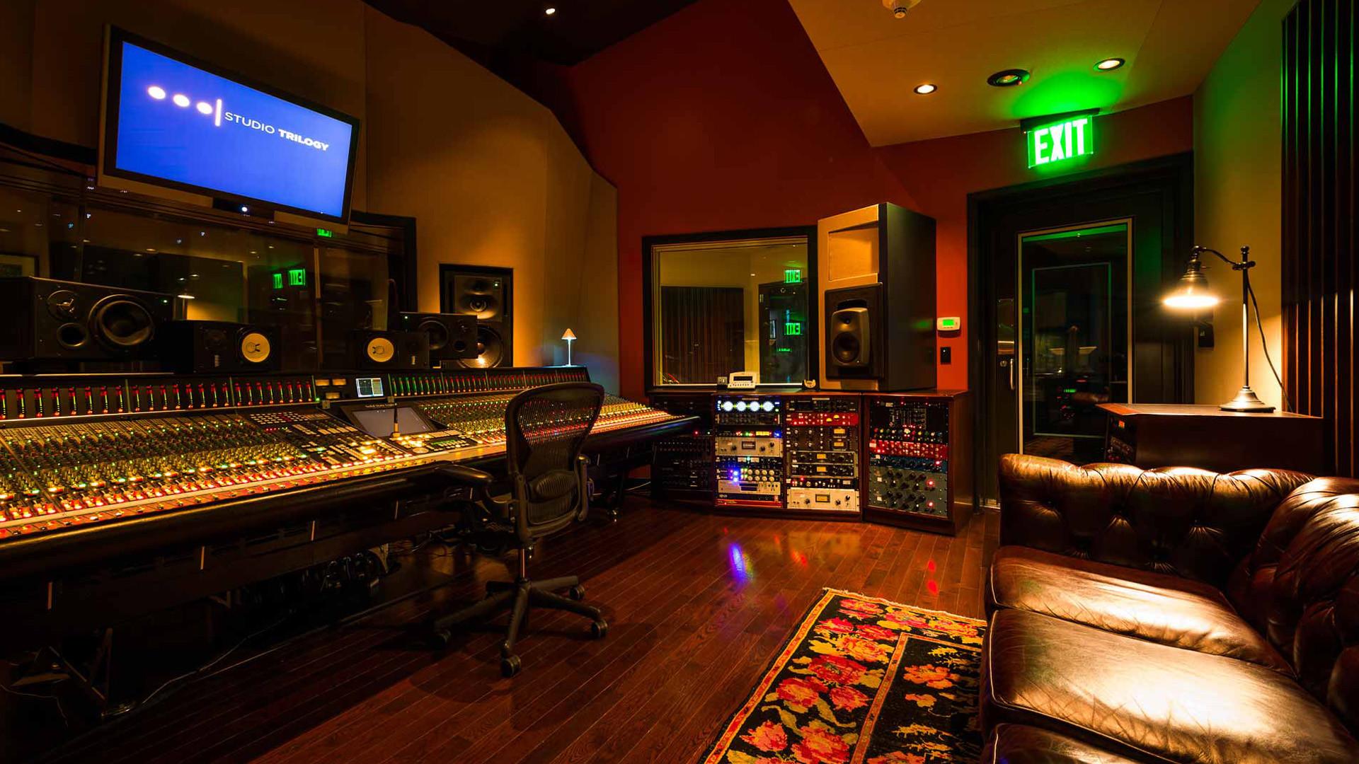 Music Studio Wallpaper for Pinterest