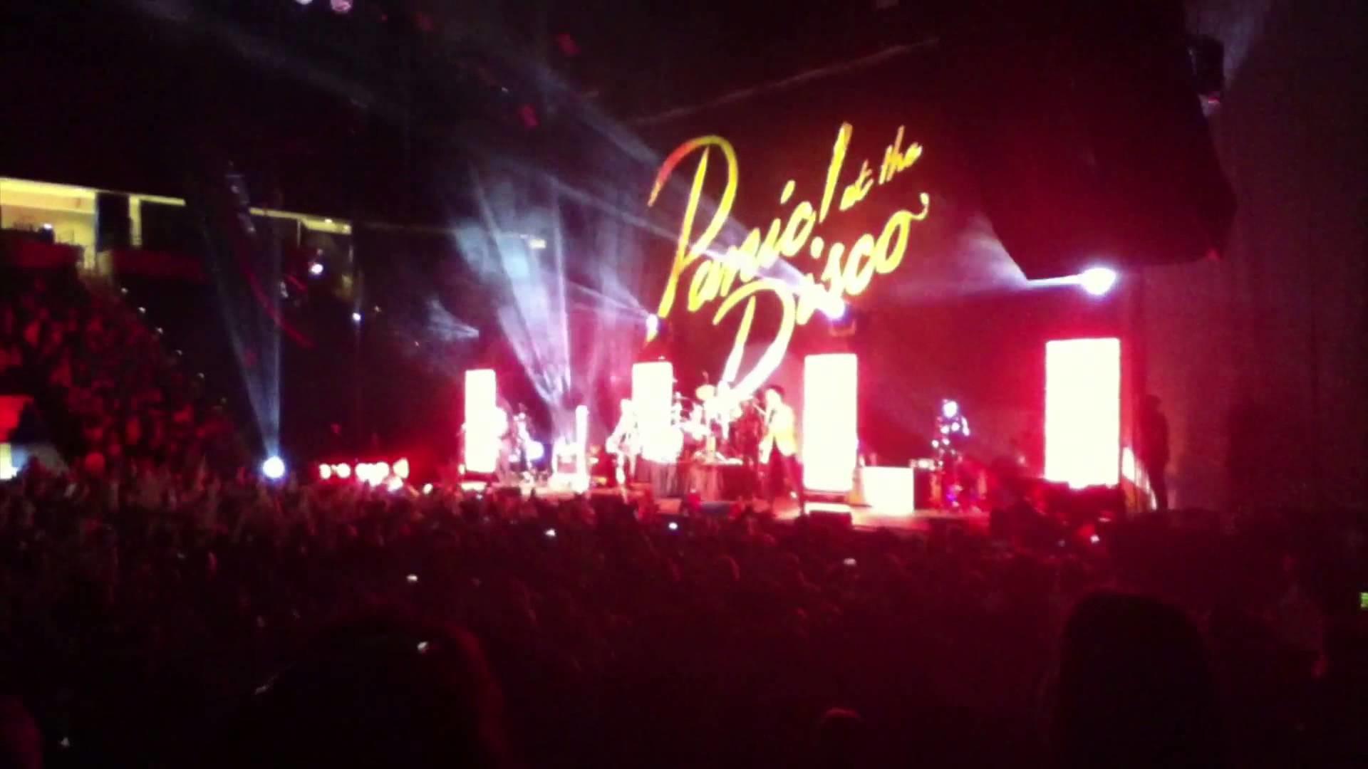Dem' Screams – FOB Concert: Panic! At The Disco