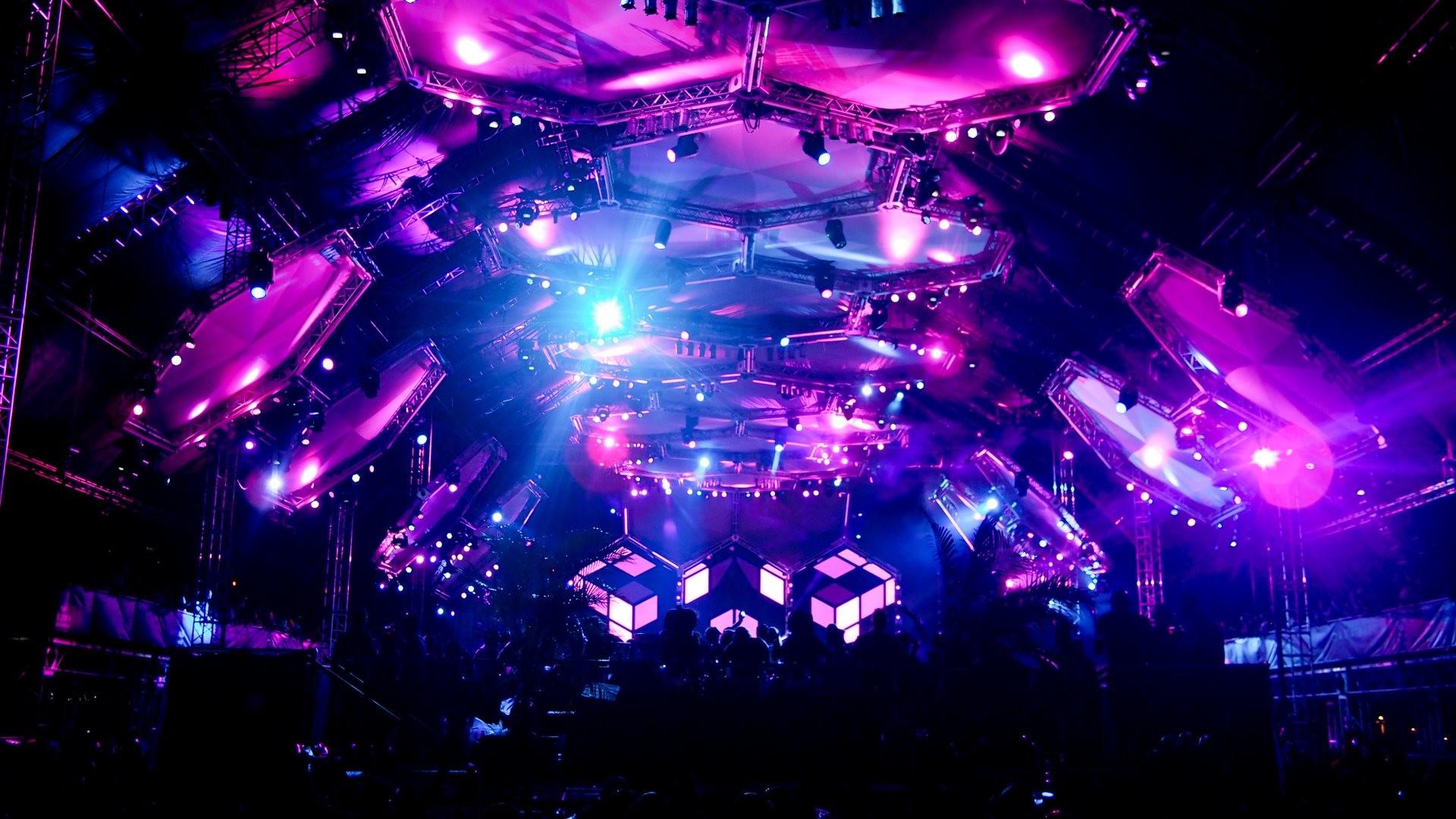 4K HD Wallpaper: Armin van Buuren show at Ultra Music Festival 2012