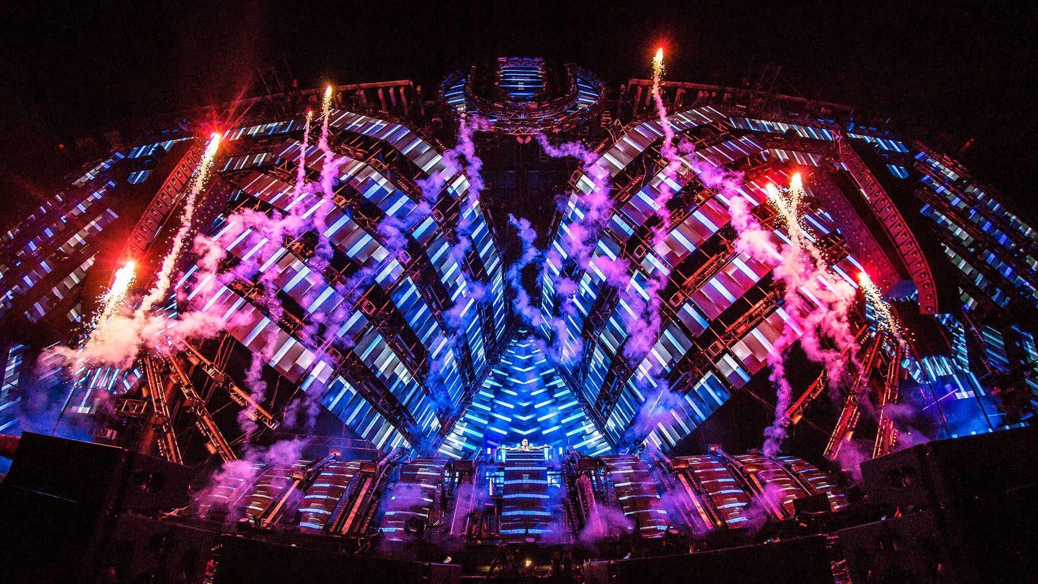 Armin van Buuren live at Ultra Music Festival Miami 2016