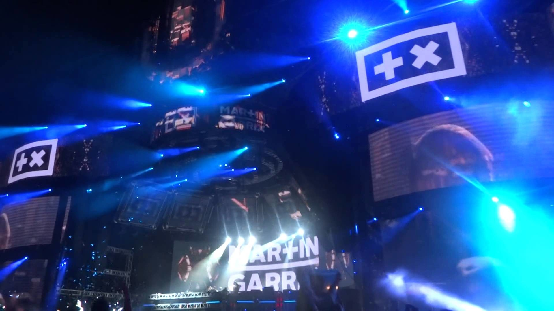 Martin Garrix with Usher at Mainstage, Ultra Music Festival 2015 .1 –  YouTube
