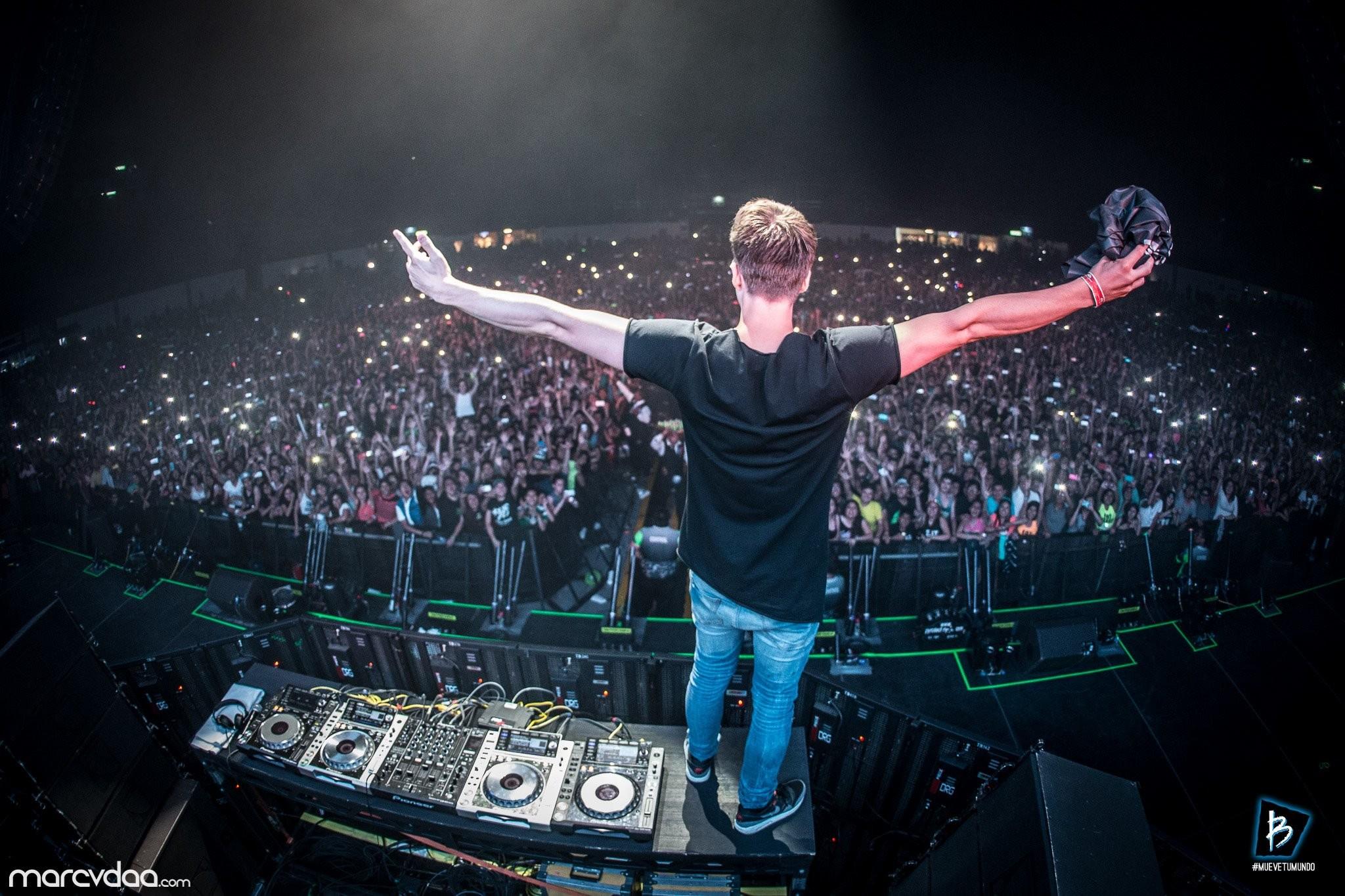 Music – Dannic Music Turntables Festival Concert DJ Wallpaper
