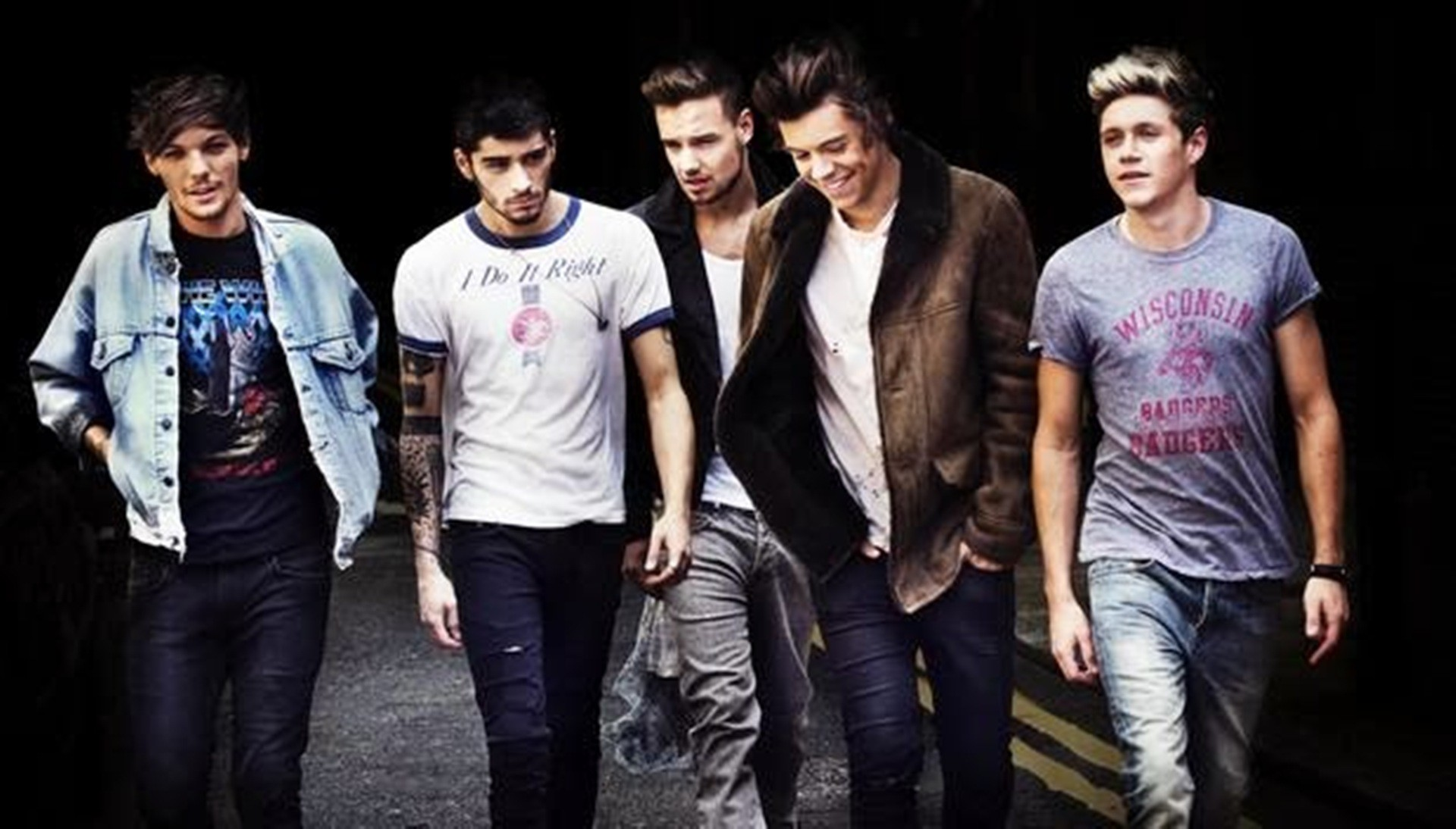 Midnight Memories is a song recorded by English-Irish boy band One Direction  from their third studio album of the same name.
