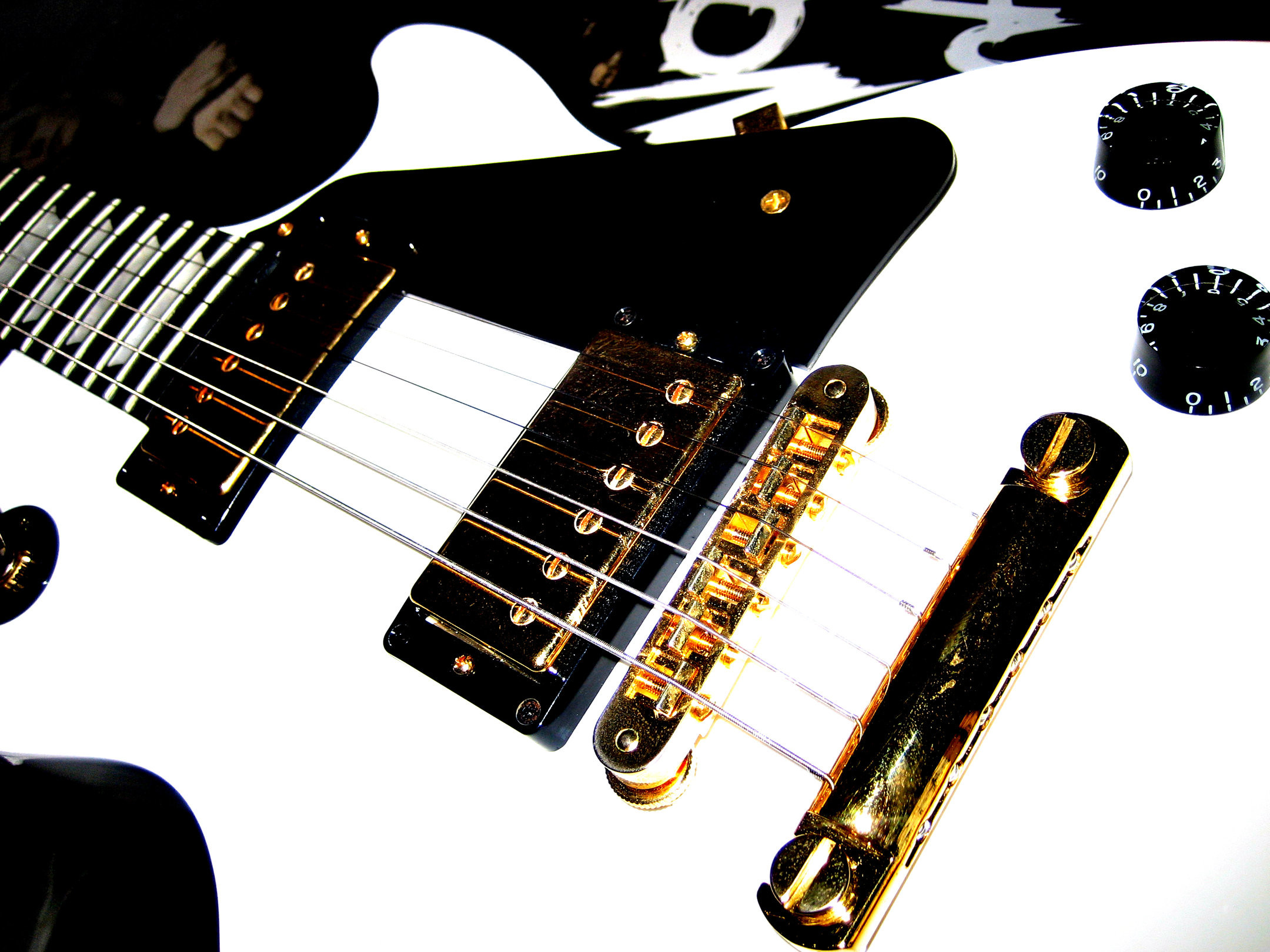 Les Paul baby by Mich-Iero Gibson Les Paul White Wallpaper