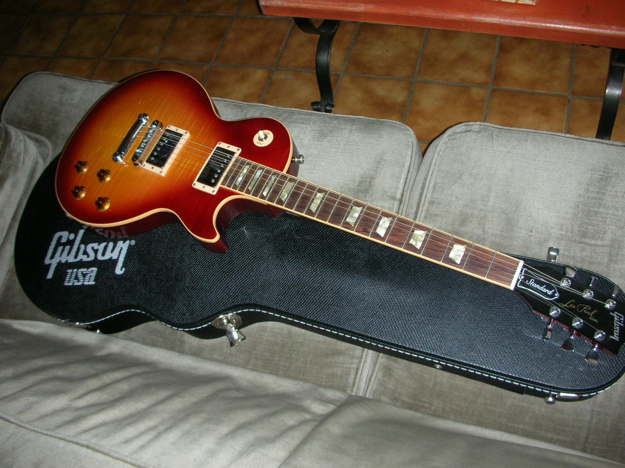 Gibson Les Paul Standard 2008 billybil83 images
