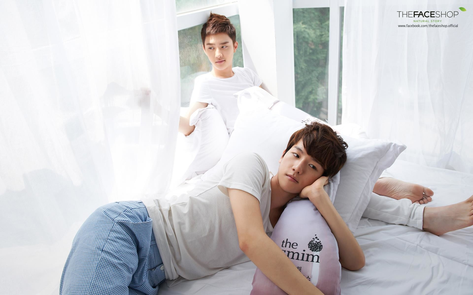 EXO-K Baekhyun and D.O The Face Shop HD Wallpaper [why are they on the same  bed?