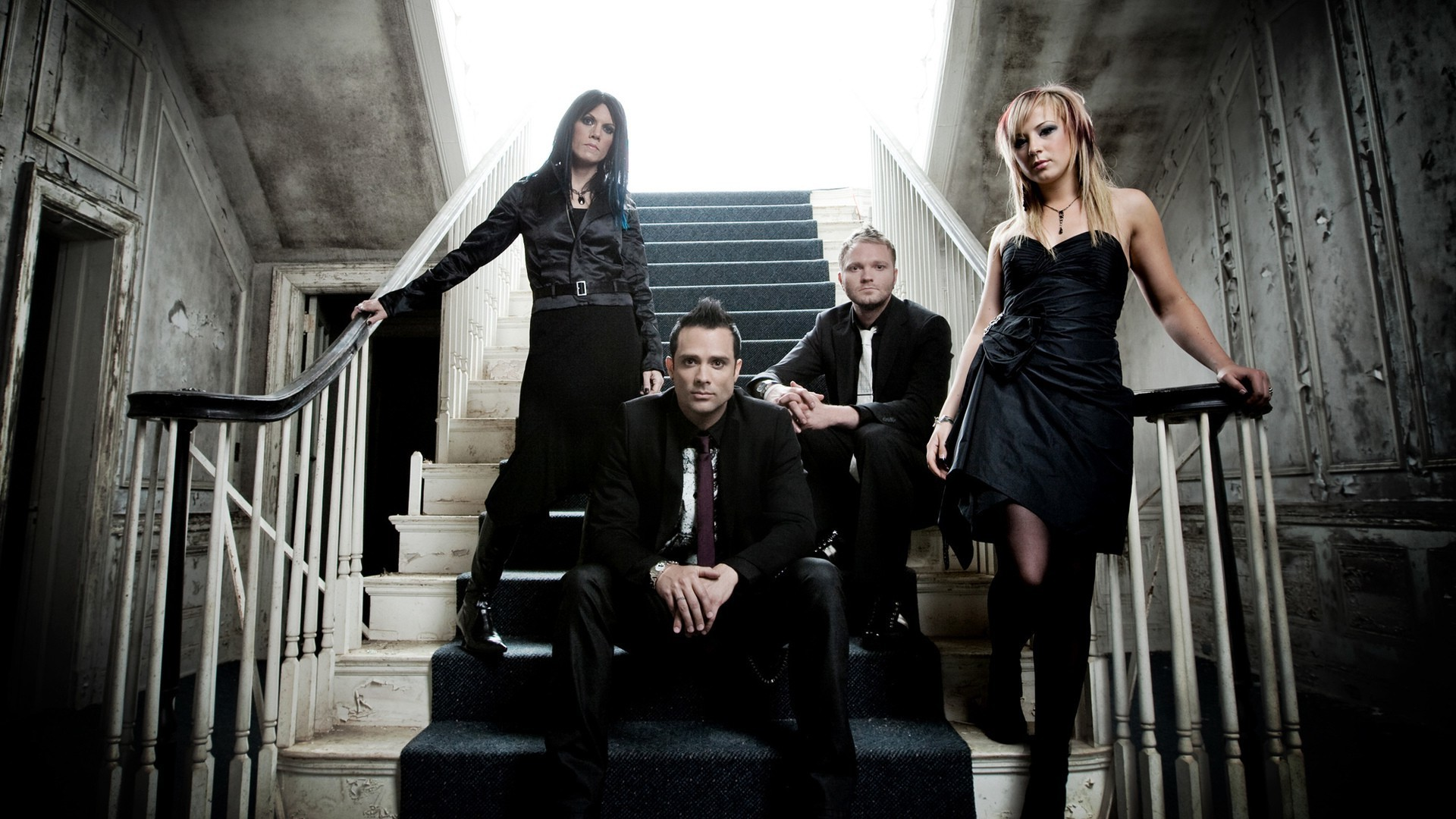 Skillet (band), Jen Ledger, John Cooper, Korey Cooper, Ben Kasica