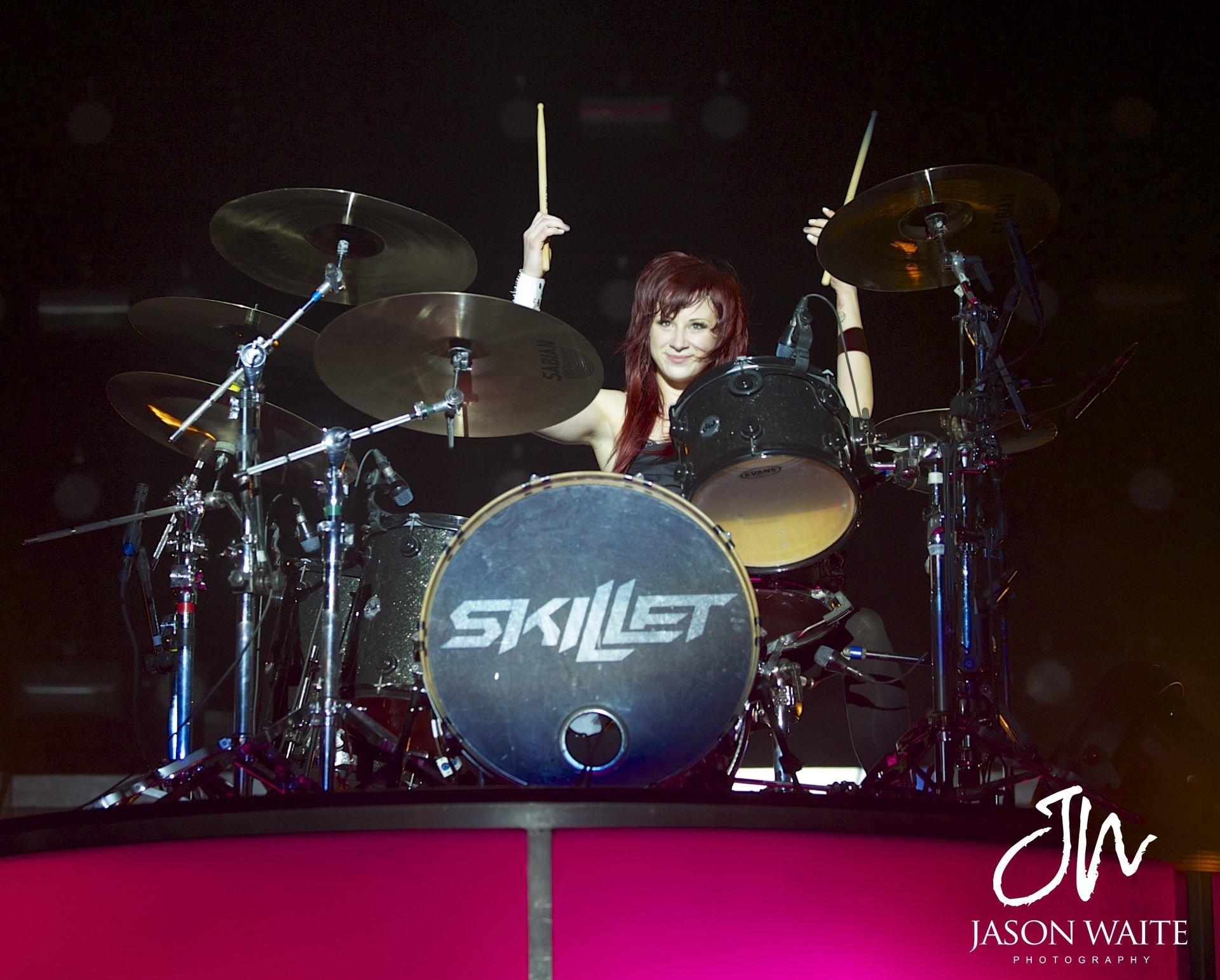 Jen Ledger Skillet Drummer Hard Rock 112598