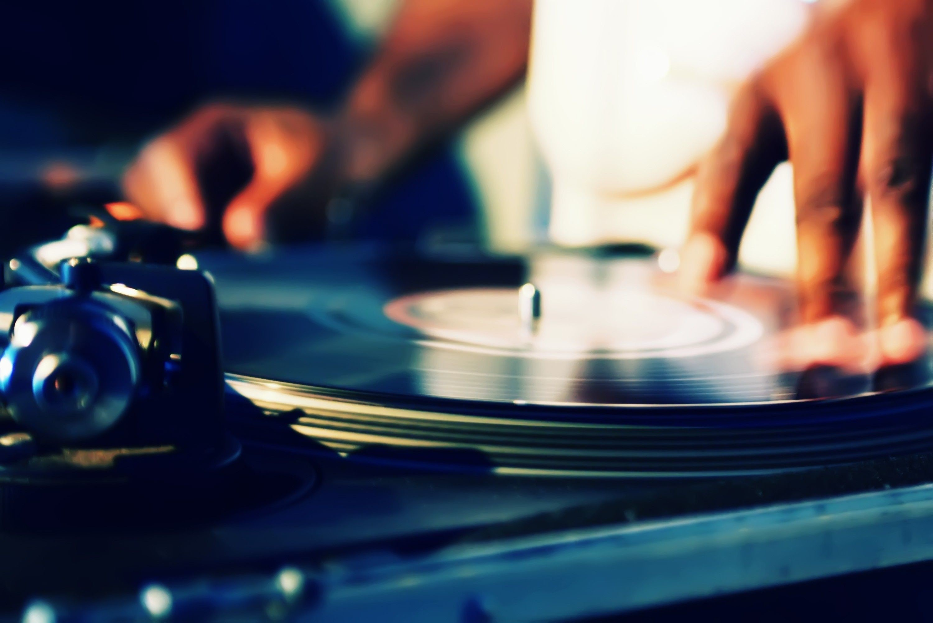 DJ Turntable HD Wallpaper For Mac 13817 – Amazing Wallpaperz