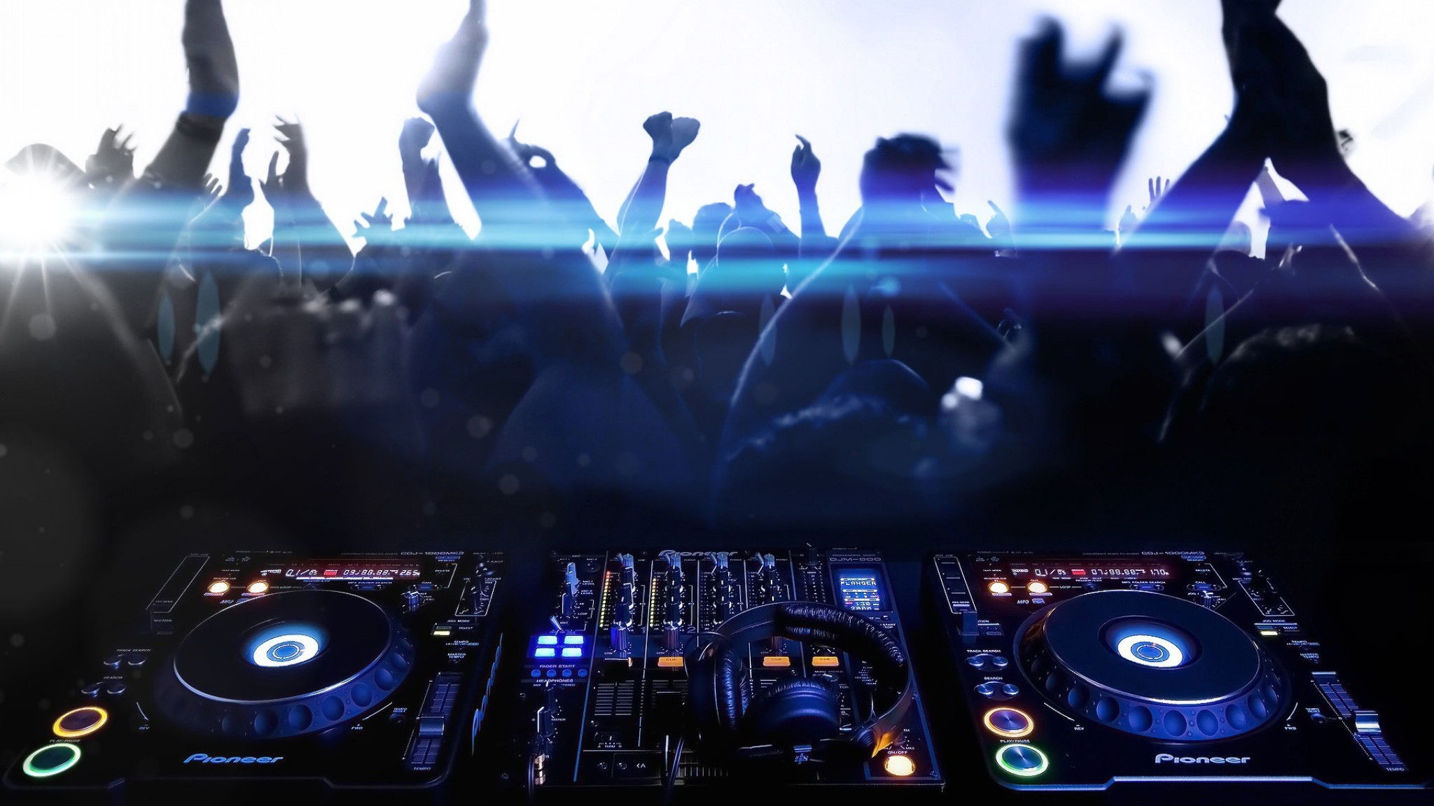Music – DJ Music Headphones Dance Dancing People Wallpaper