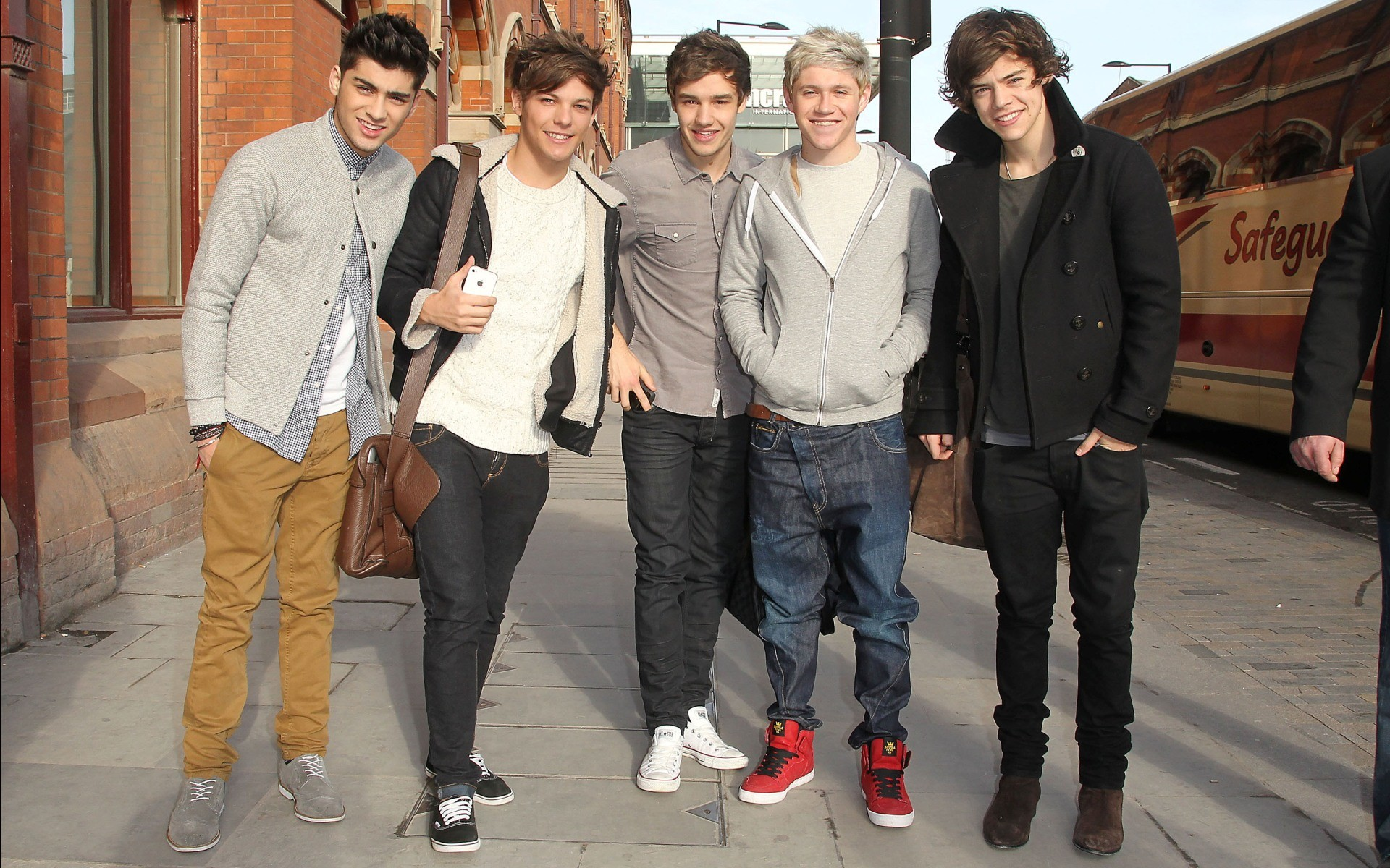 One Direction Background Wallpapers For Desktop | Mulberry Nails