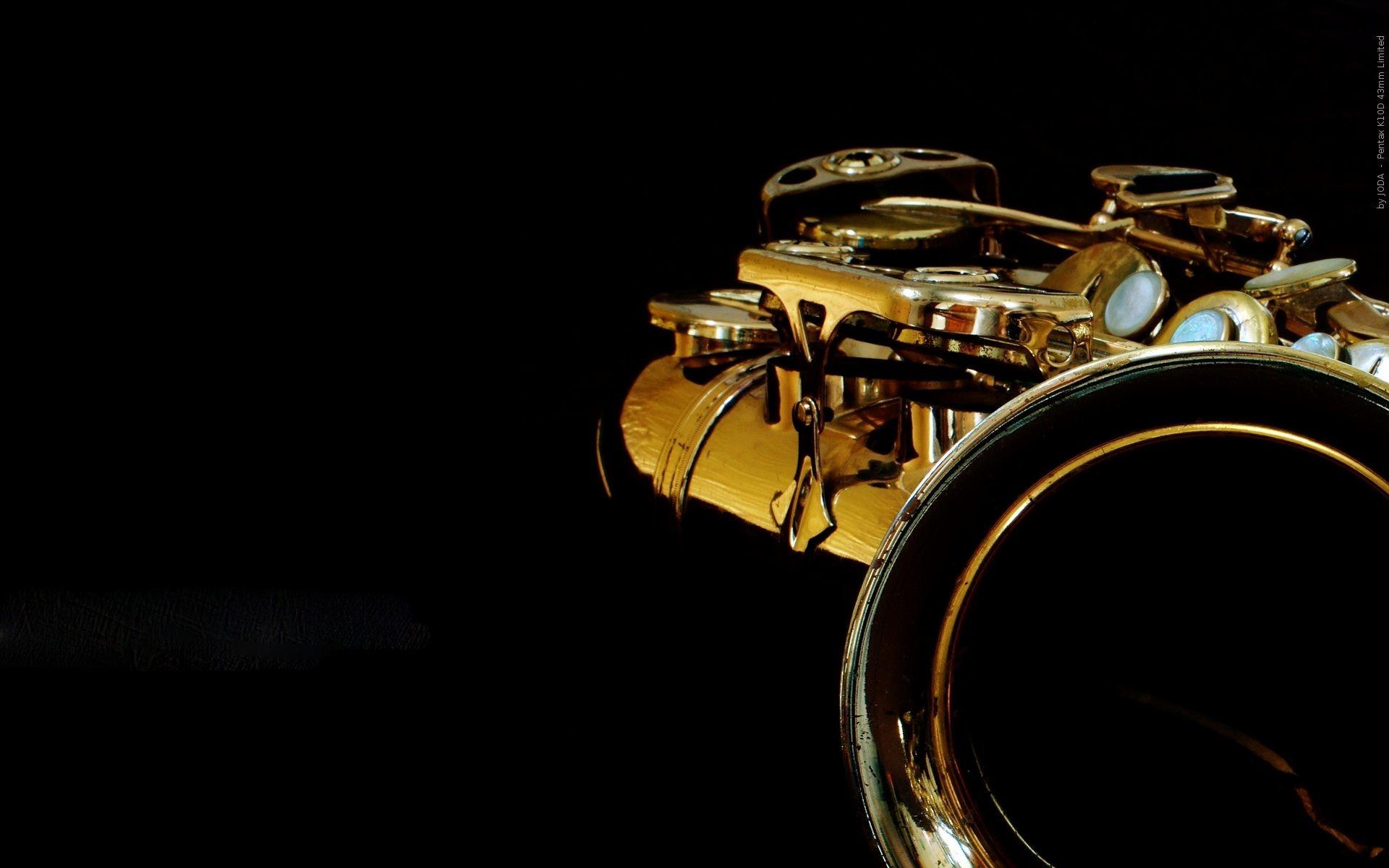 Baritone Saxophone Wallpaper HD Resolution