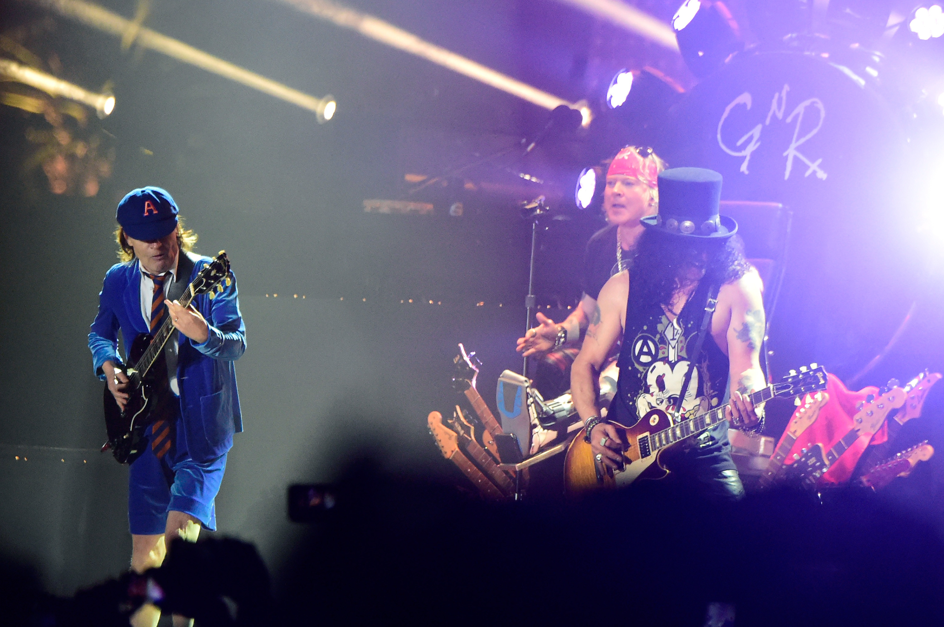 Axl Rose to Replace AC/DC's Lead Singer for Postponed Tour Dates |  Fortune.com