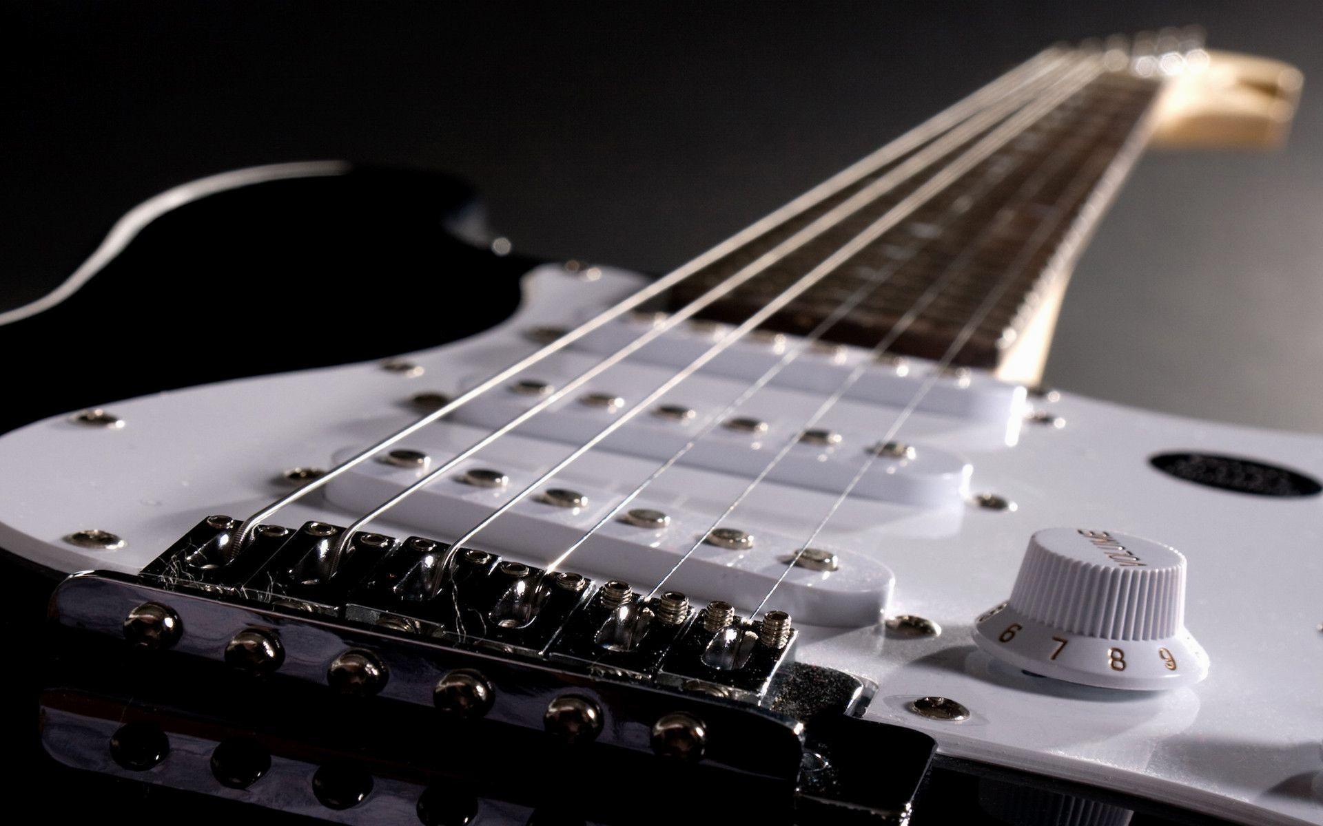 8. guitar-wallpaper-High-Resolution-Download8-600×375