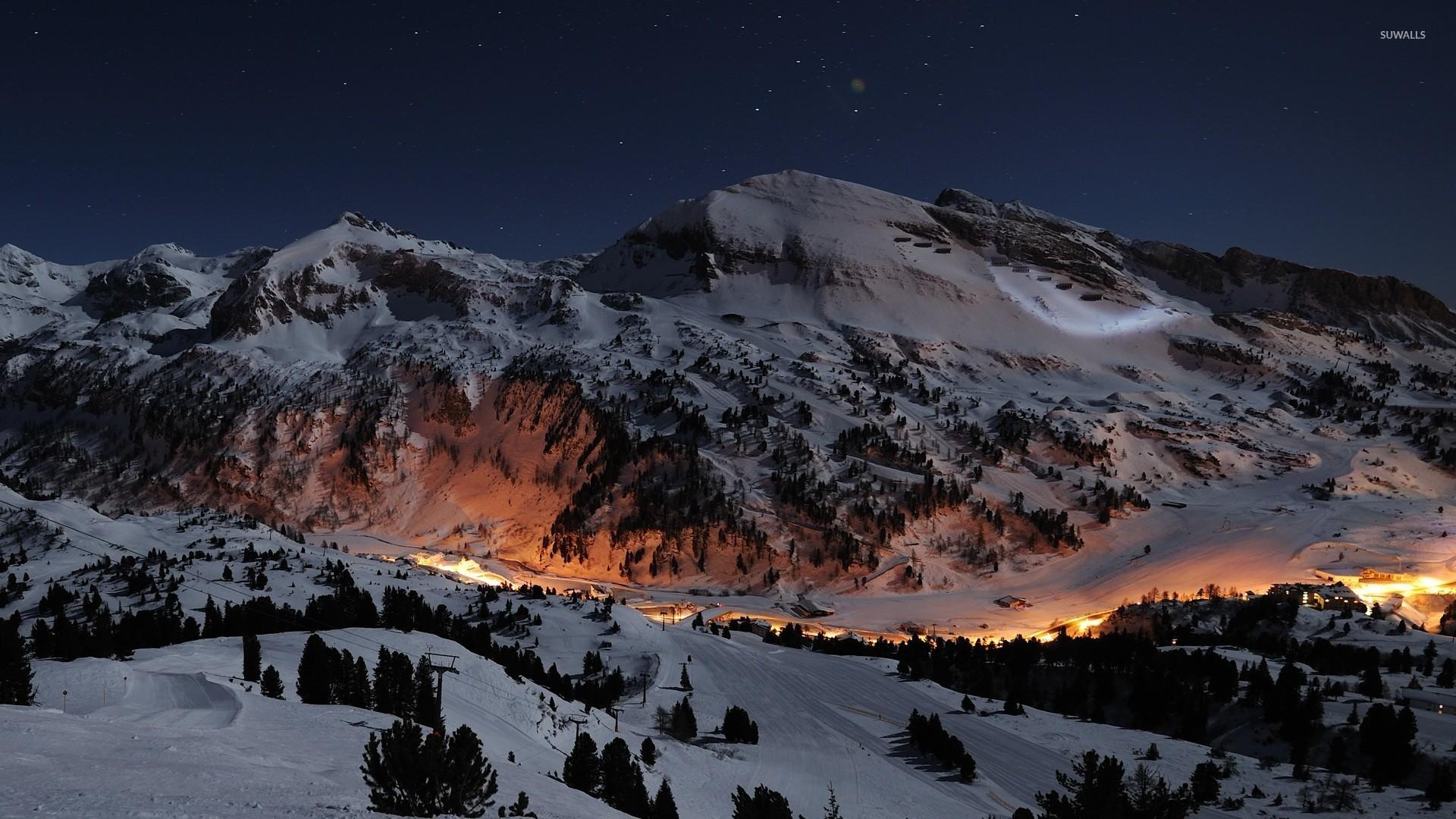 Ski Mountain Wallpaper
