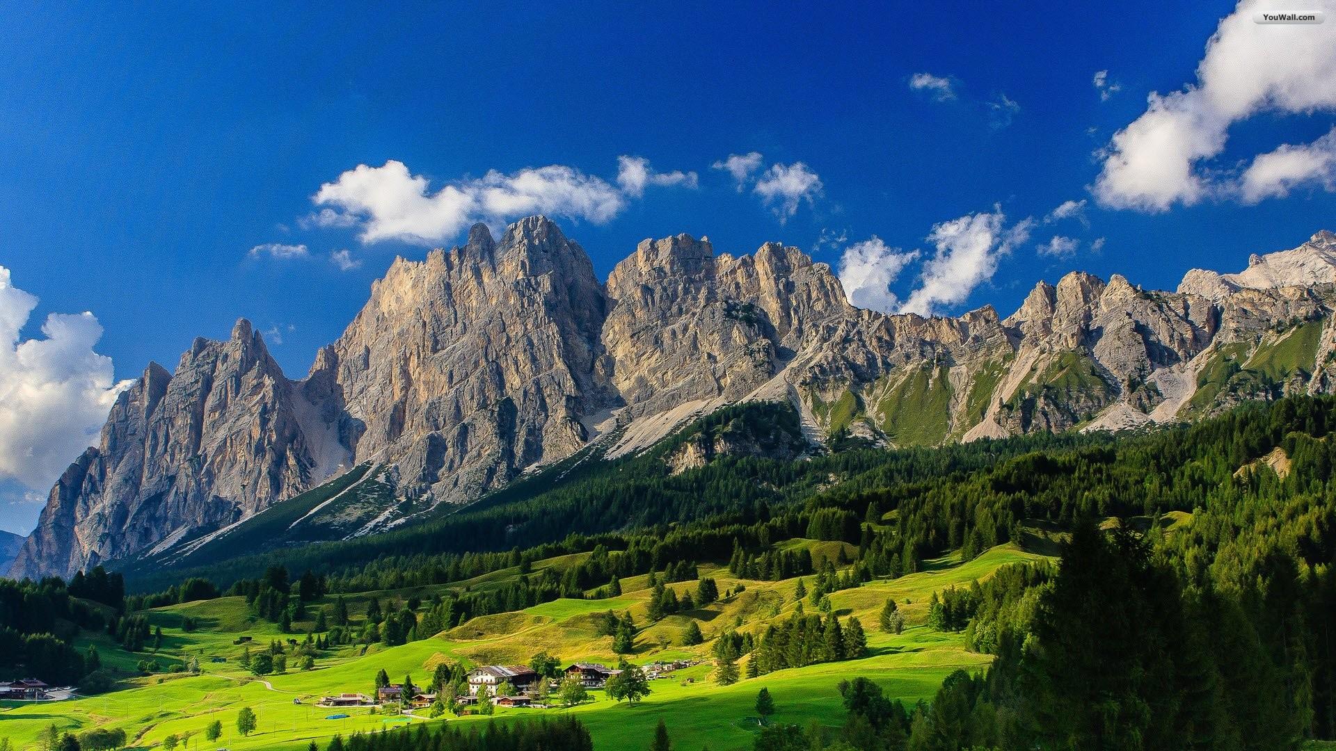 Mountain Valley Wallpaper