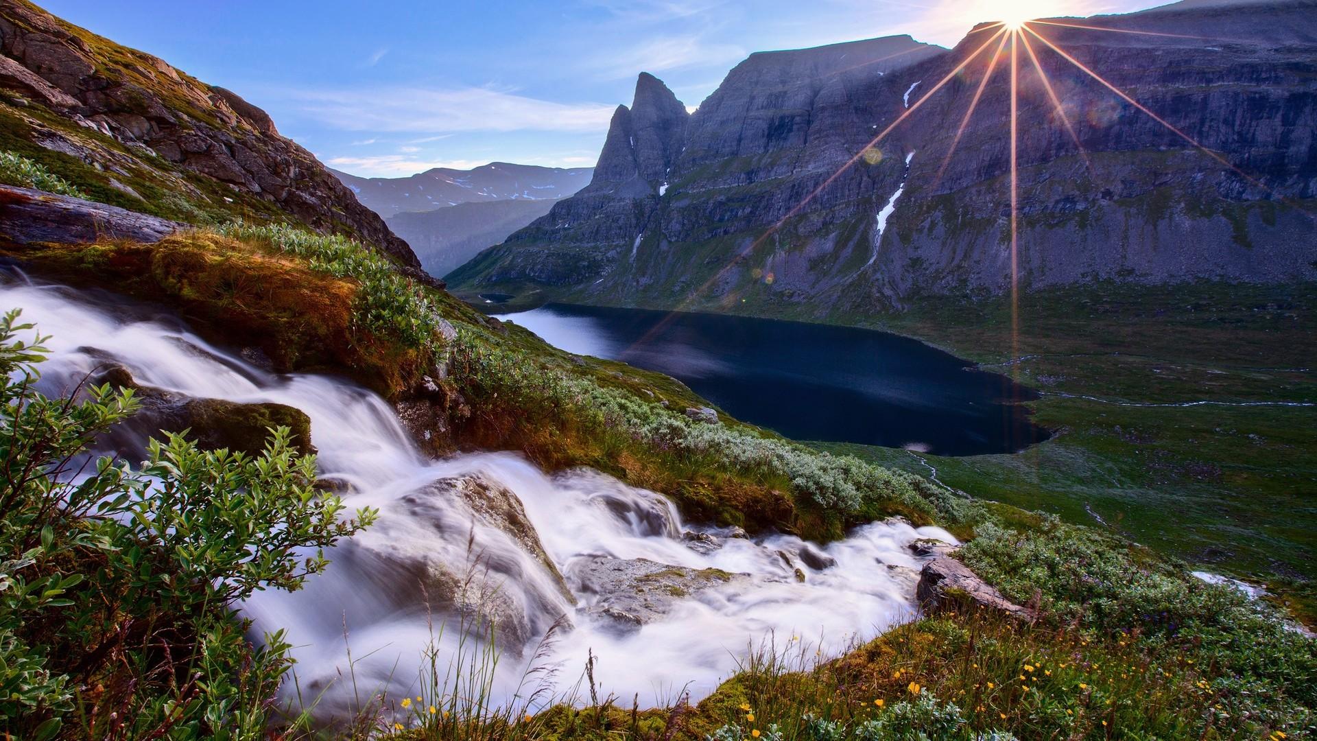 … mountain · stream, river, mountain