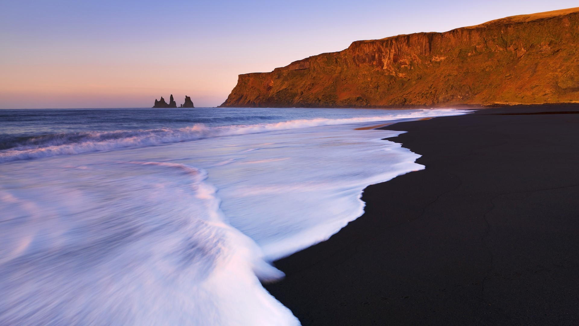 Iceland Beach Wallpaper