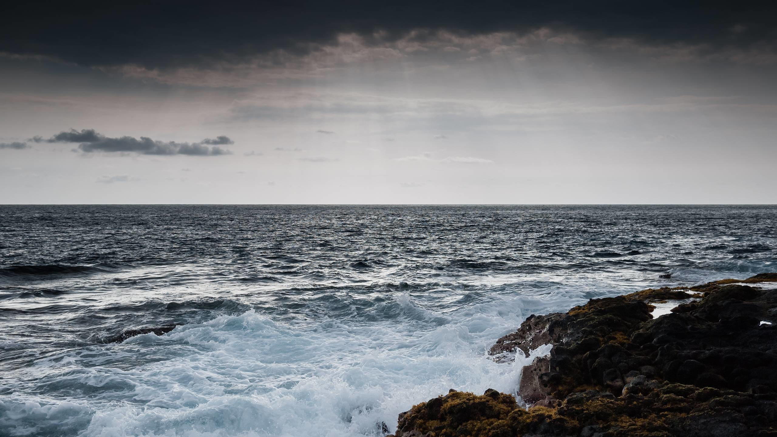 Pix For > Stormy Sea Wallpaper