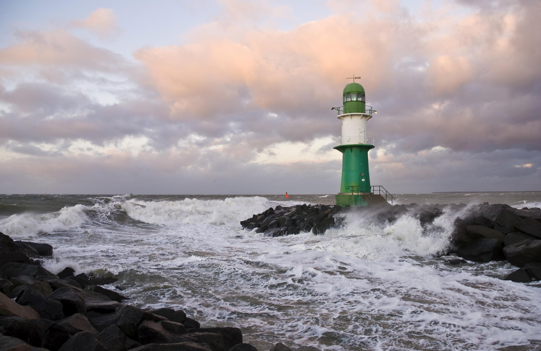 Man Made – Lighthouse Storm Rock Wave Sea Ocean Horizon Wallpaper