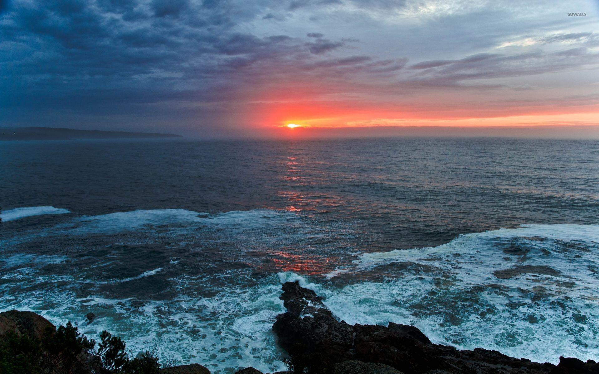 Red sunset above the ocean wallpaper jpg