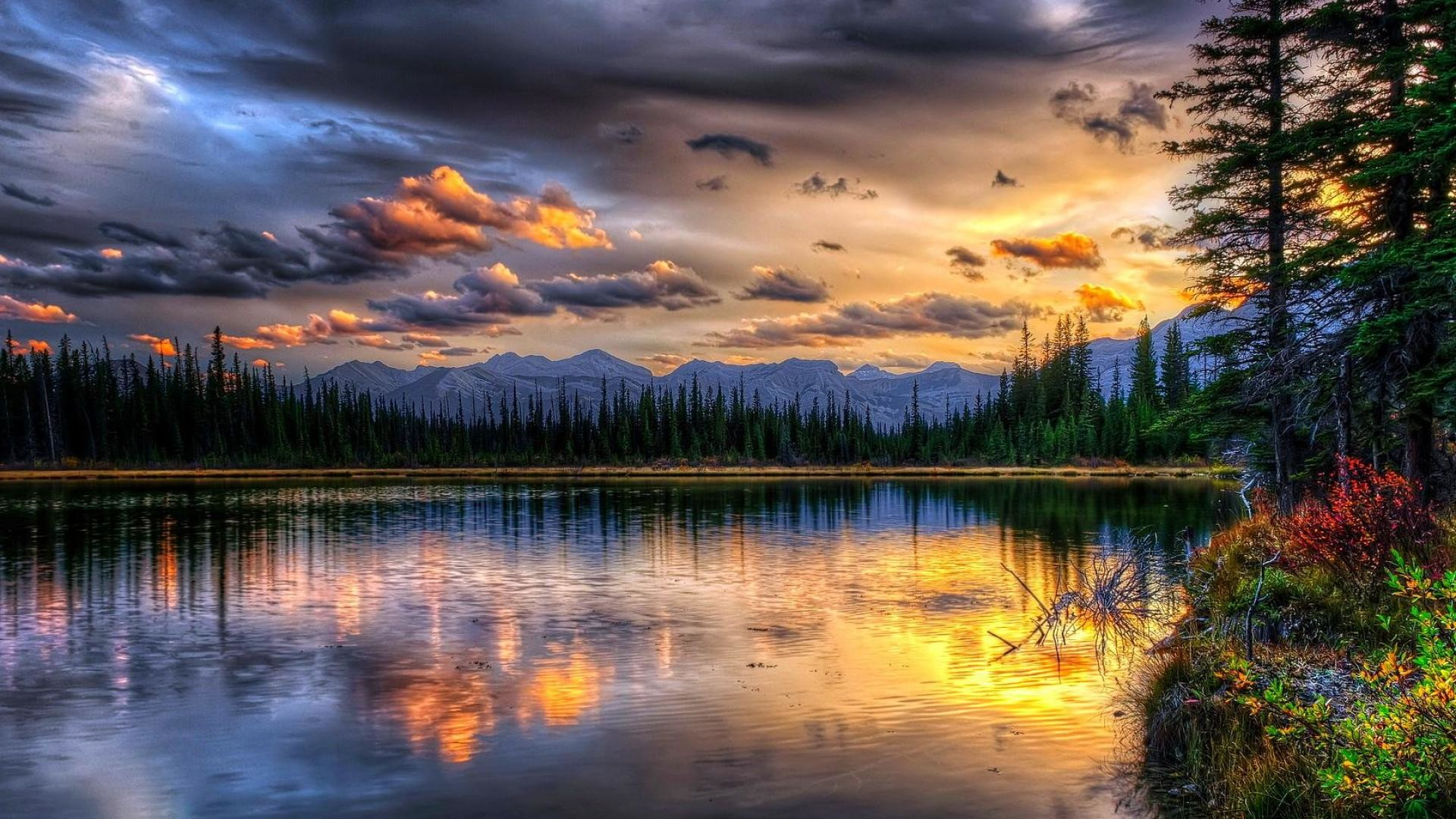 awesome natural wallpaper. darkness clouds beautiful landscape backgrounds.  cloudy weather natural image