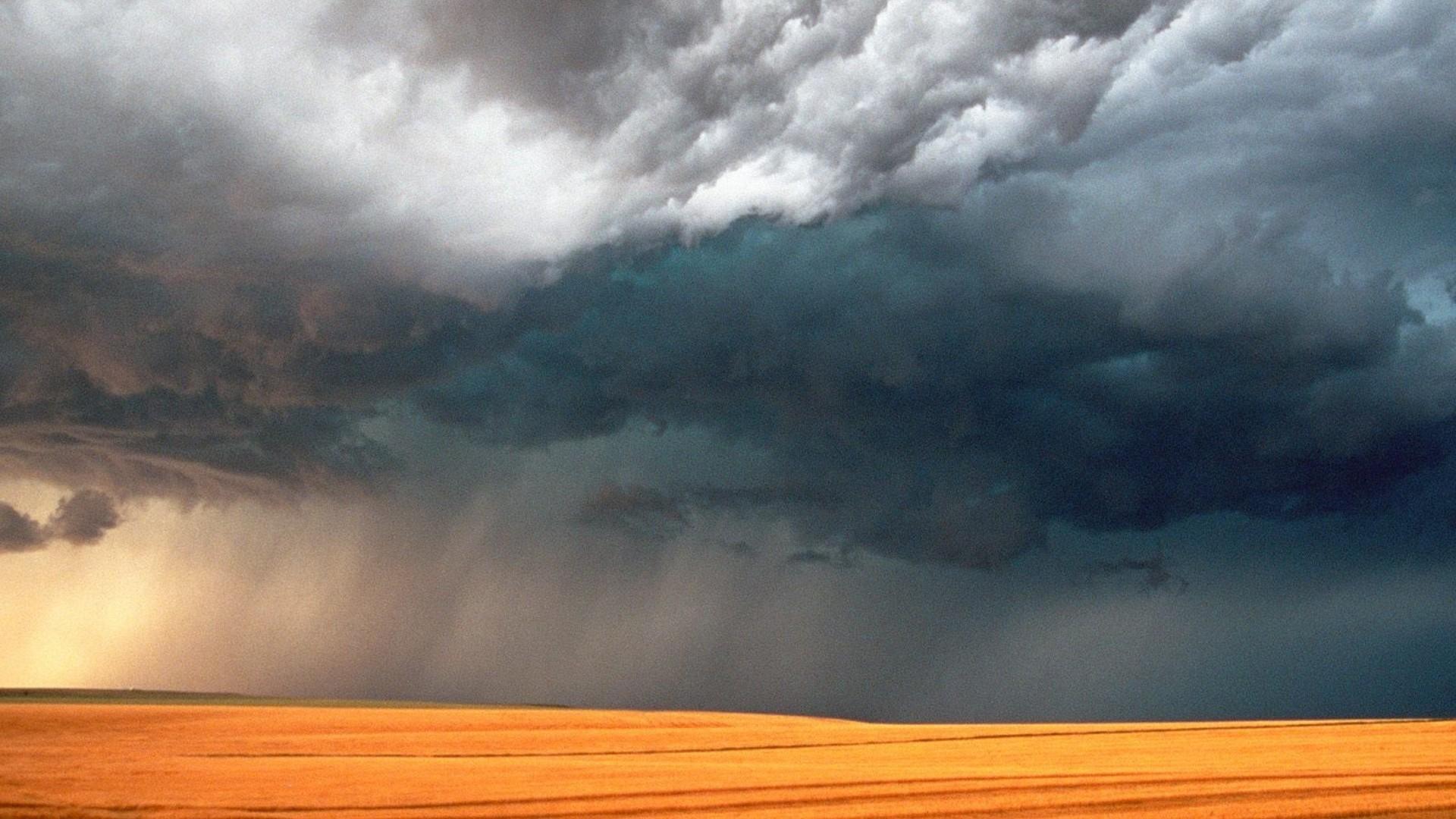 Summer Storm desktop PC and Mac wallpaper
